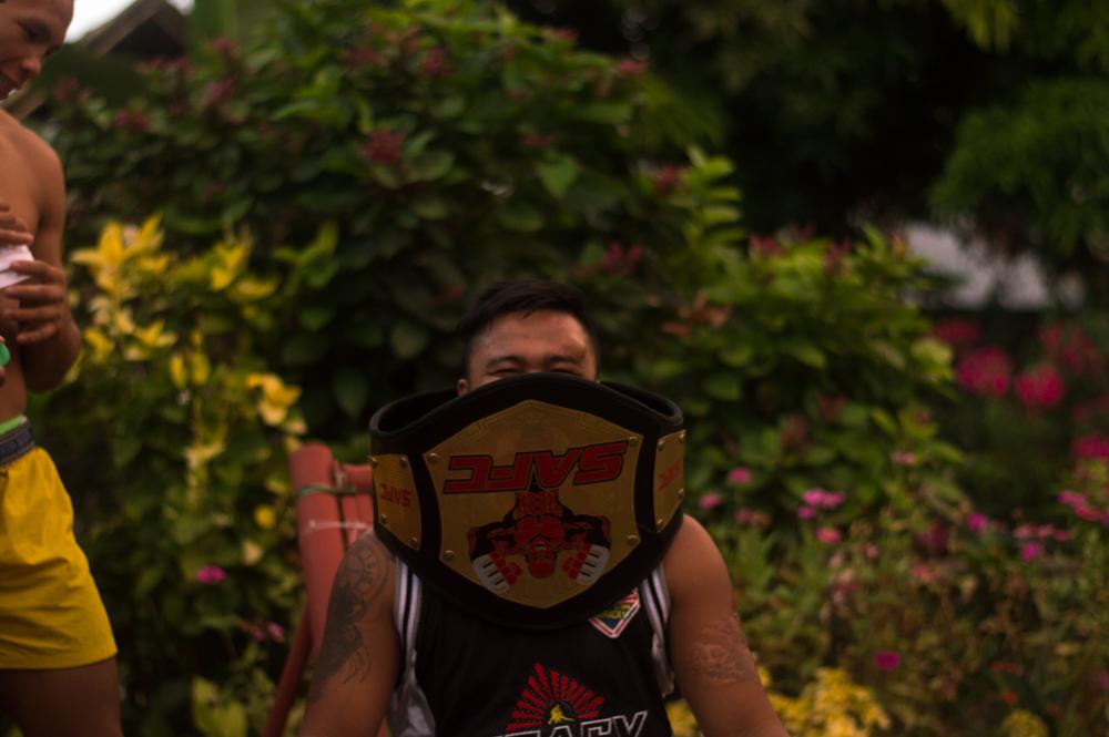 JoJo with Pinoy's newly won belt