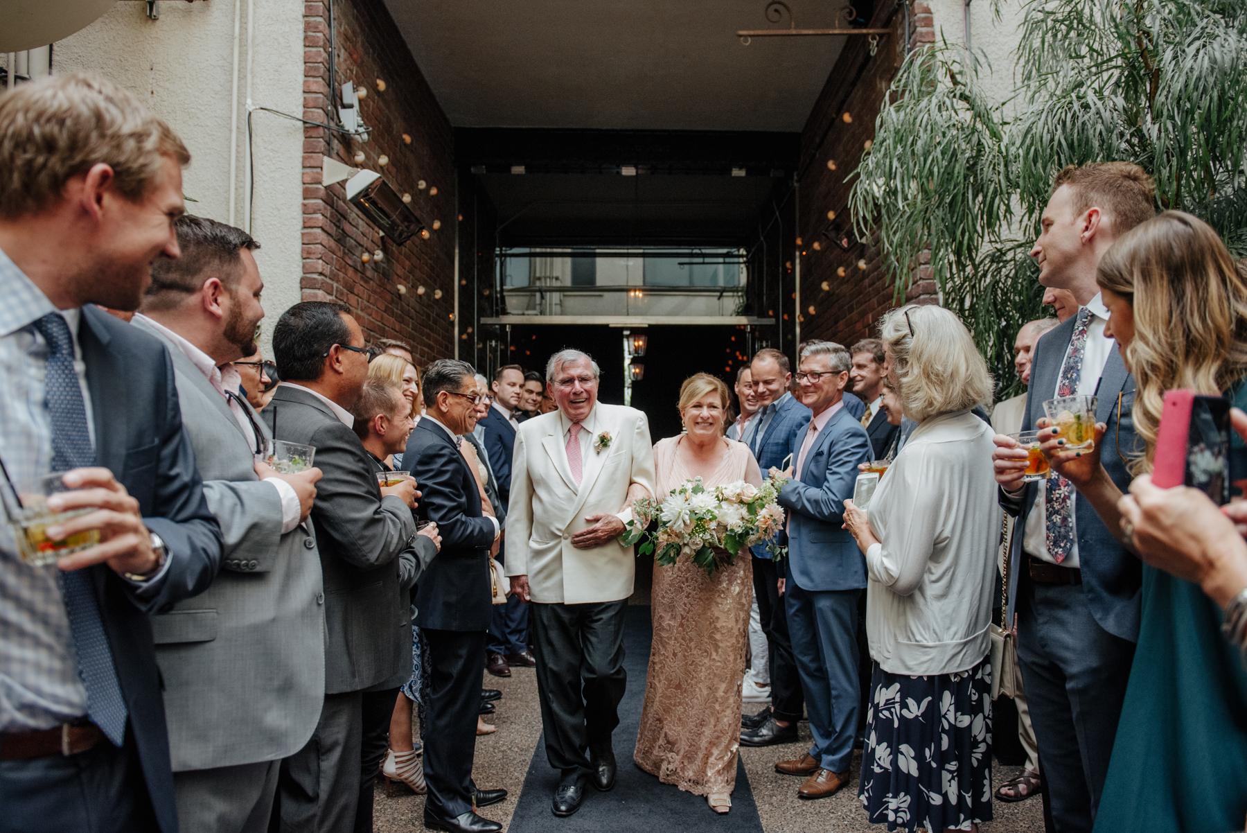 kaoverii_silva_photographer_cynthia_richard_wedding_vancouver_brix_&_mortar-13.jpg