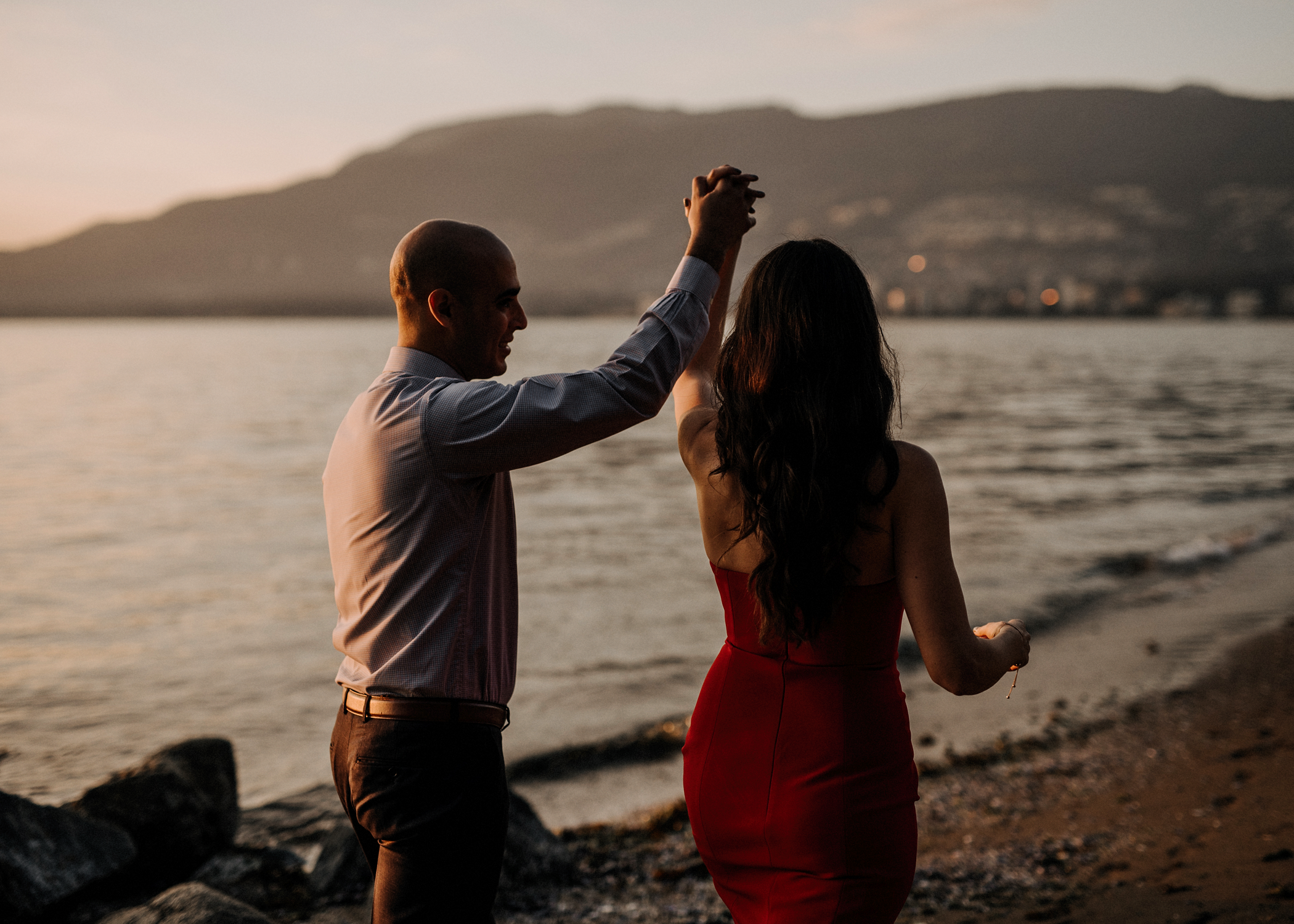 014-kaoverii-silva-AJ-prewedding-vancouver-photography-blog.png
