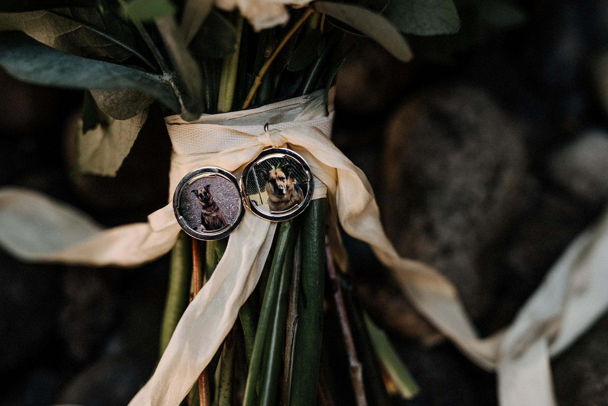 005-kaoverii-silva-KR-wedding-vancouver-photography-blog.png