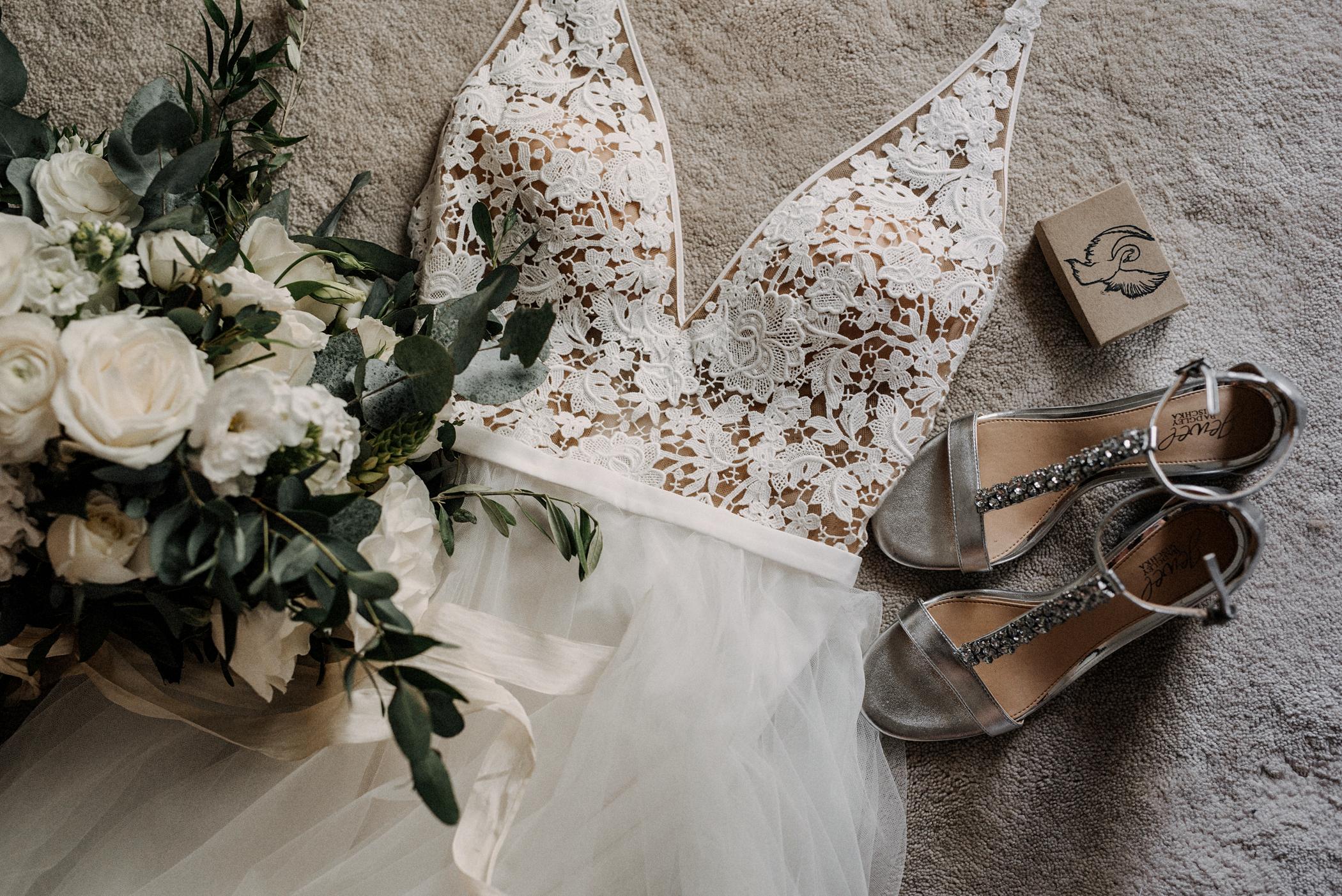 014-kaoverii-silva-KR-wedding-vancouver-photography-blog.png