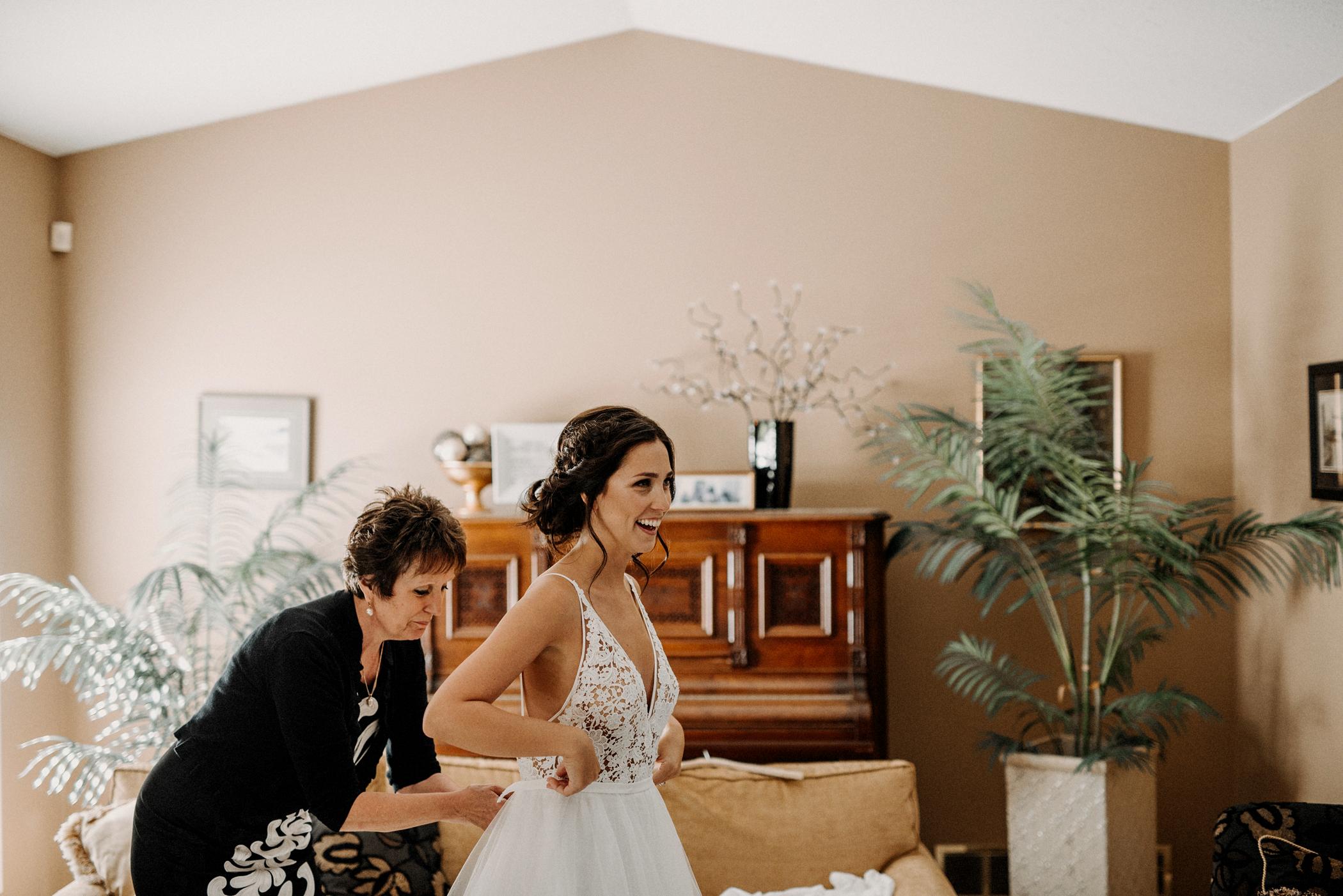 023-kaoverii-silva-KR-wedding-vancouver-photography-blog.png