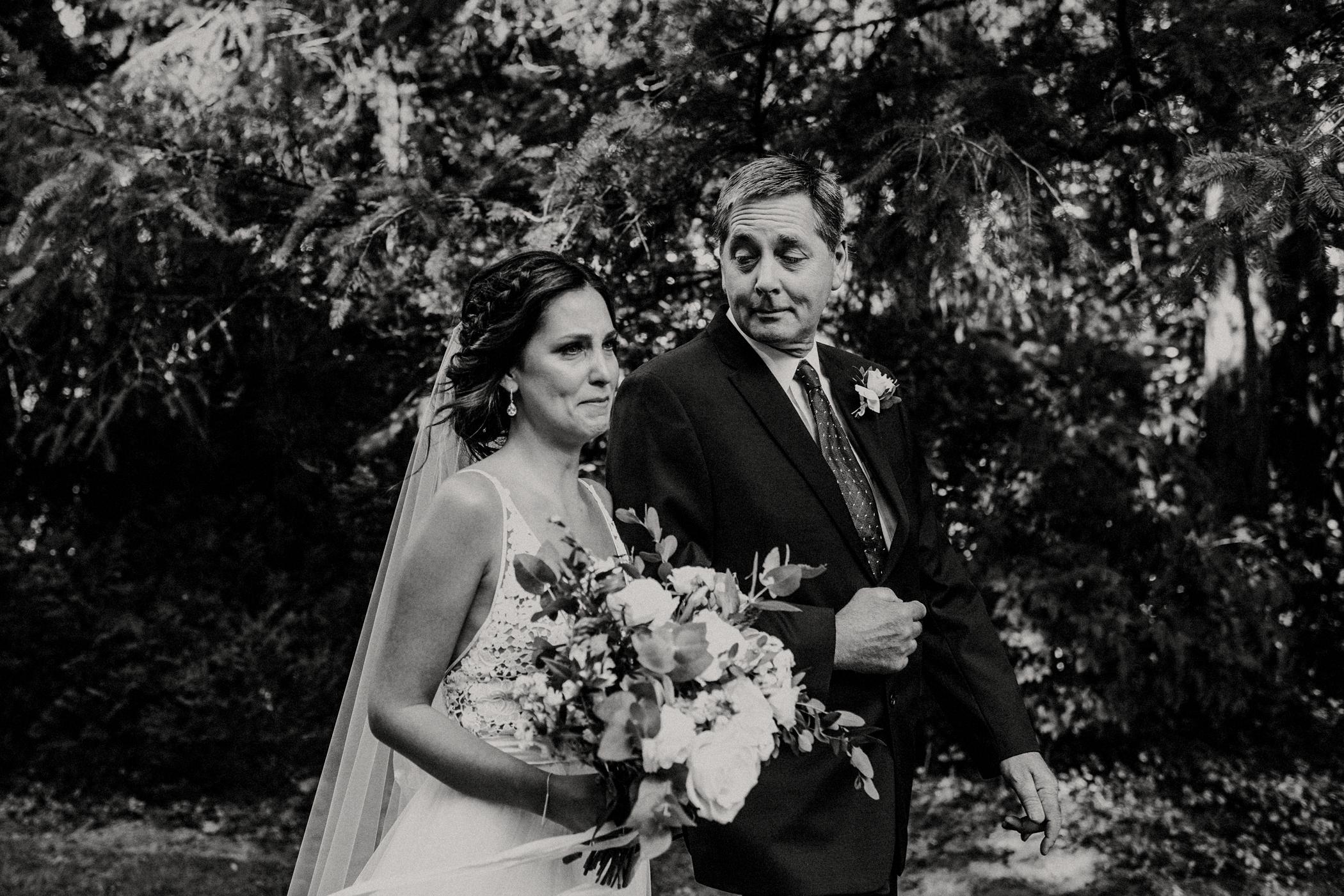032-kaoverii-silva-KR-wedding-vancouver-photography-blog.png