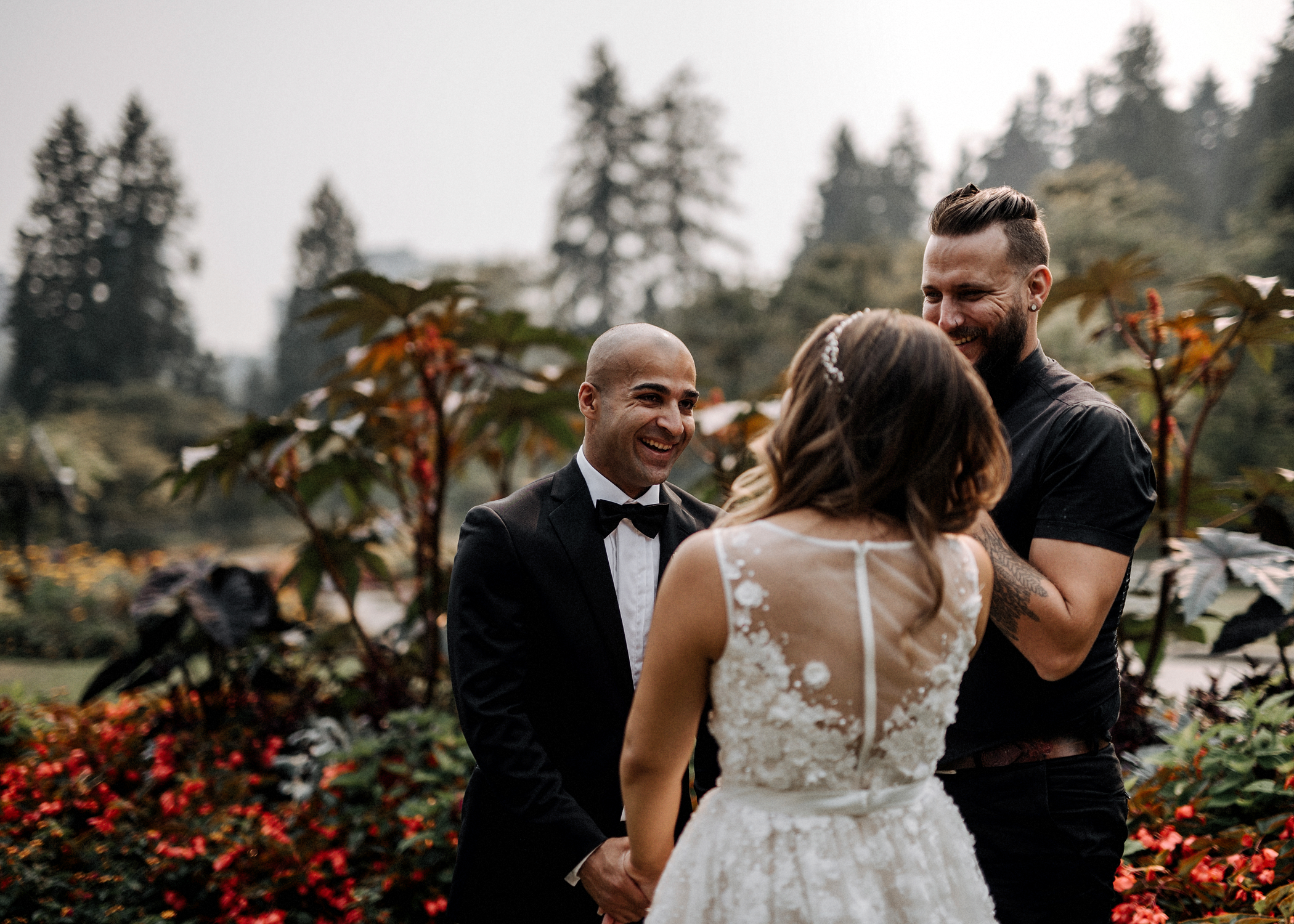 011-kaoverii-silva-LM-wedding-vancouver-photography-elopement-blog.png
