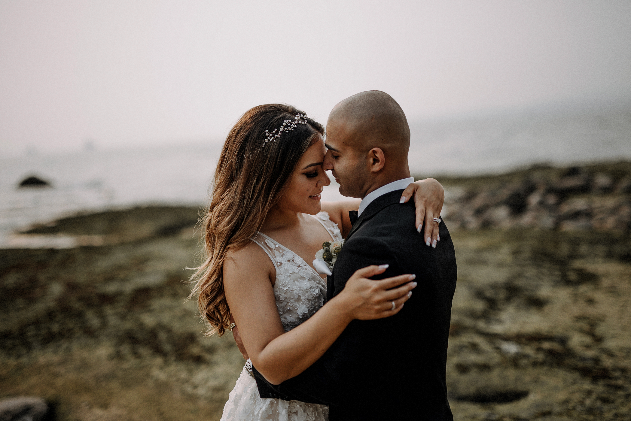 031-kaoverii-silva-LM-wedding-vancouver-photography-elopement-blog.png