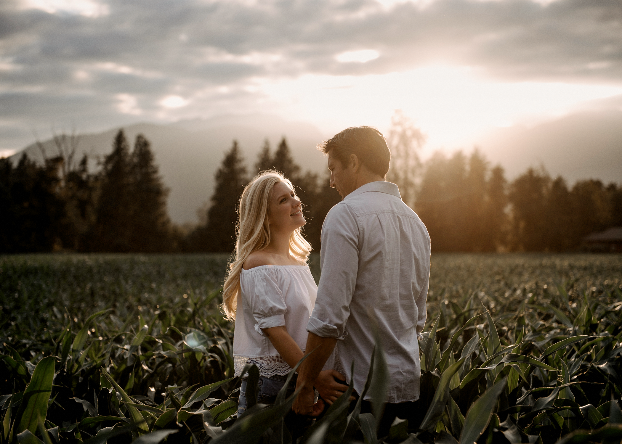 081-kaoverii-silva-ED-prewedding-vancouver-photography-chilliwack-blog.png