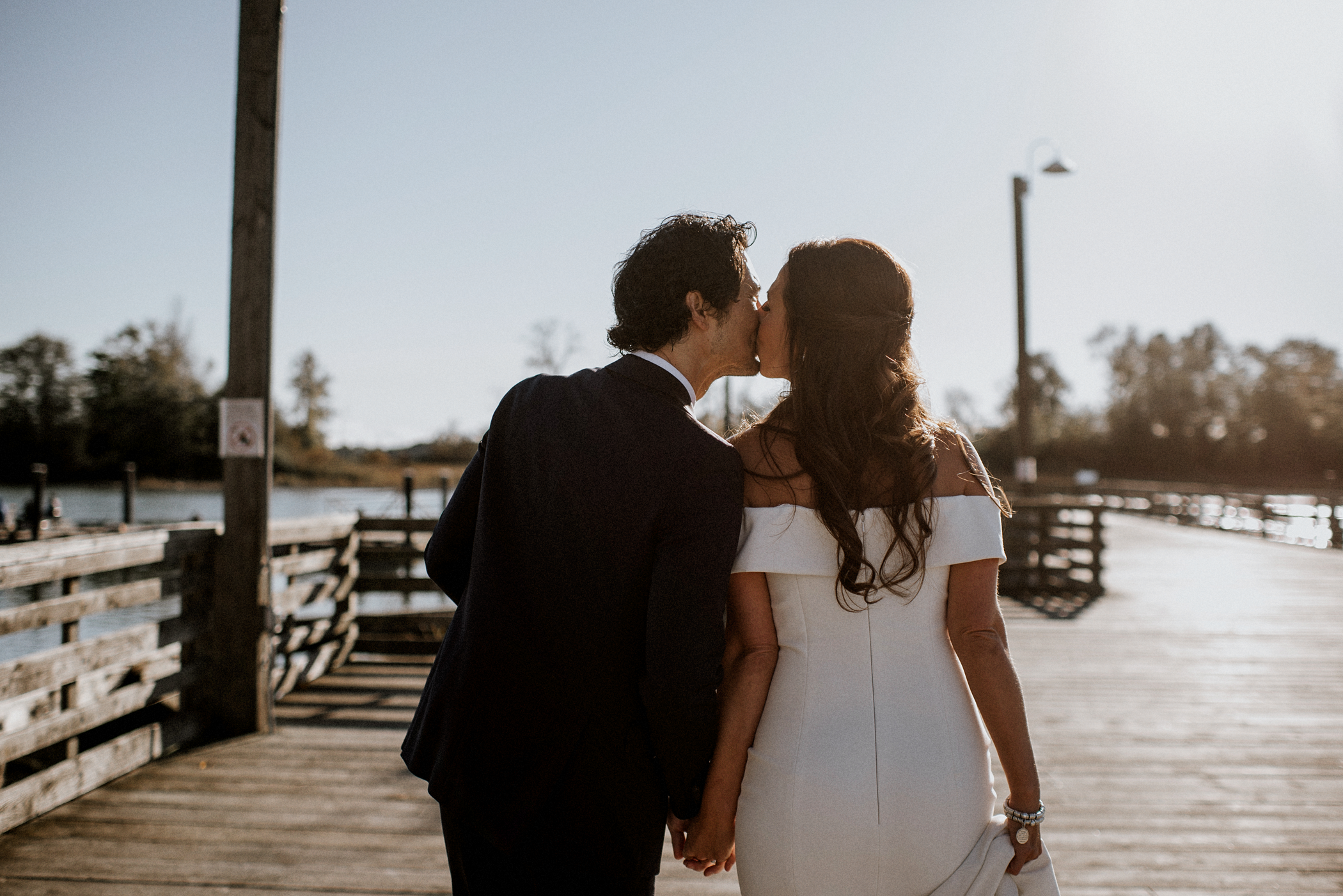 031-kaoverii-silva-MT-ubc-boathouse-industrial-wedding-photography-blog.png