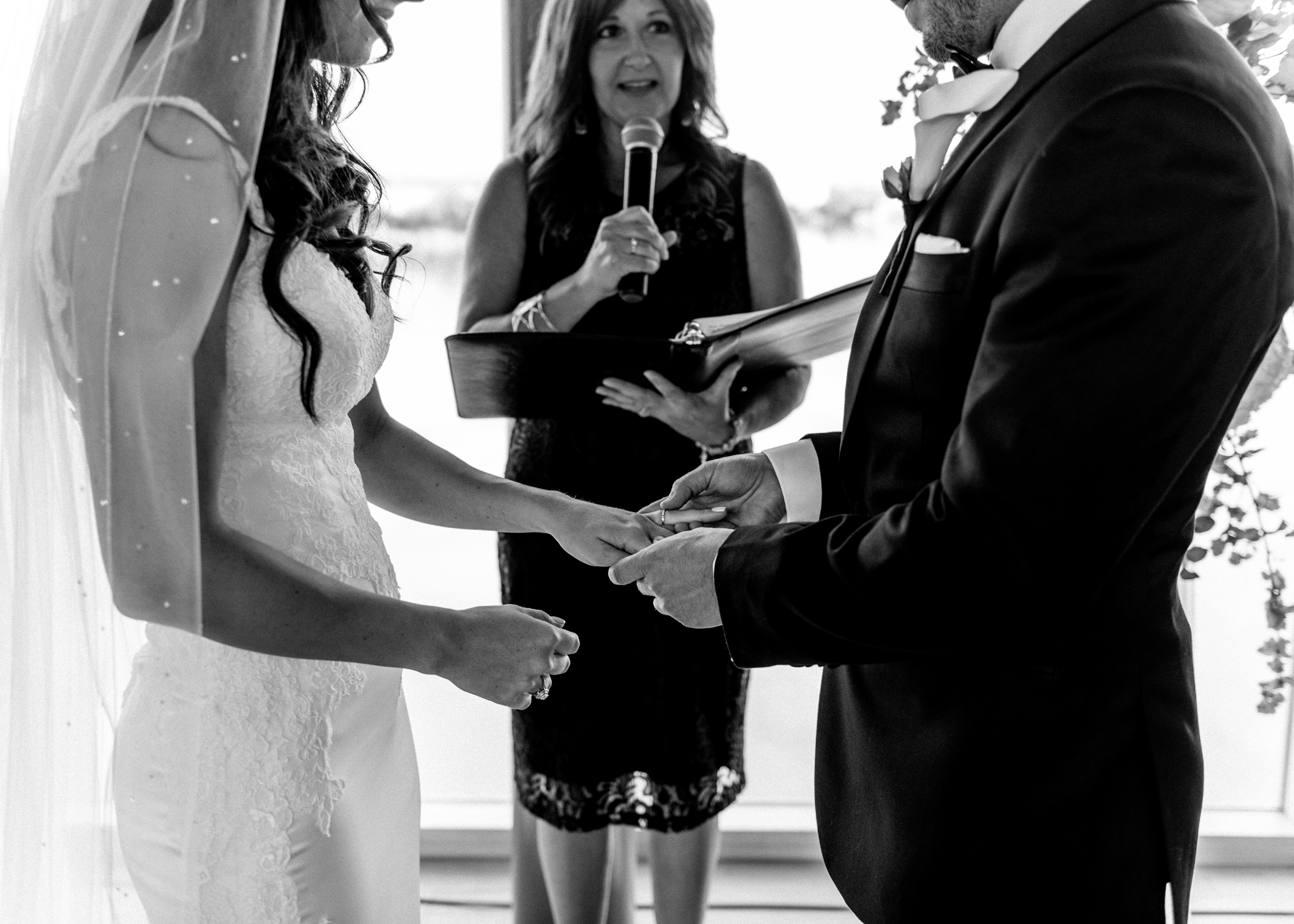 035-kaoverii-silva-la-wedding-vancouver-photography.png