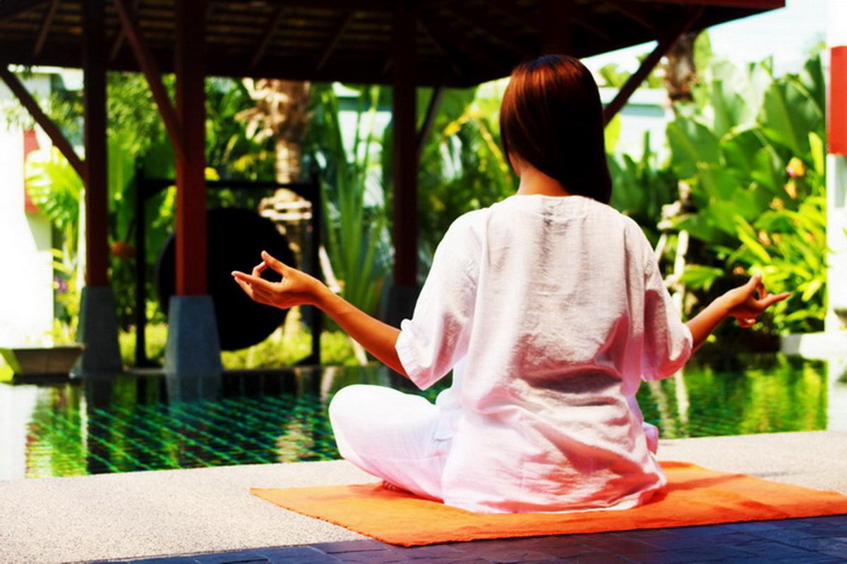 Yoga+in+Phuket.jpg