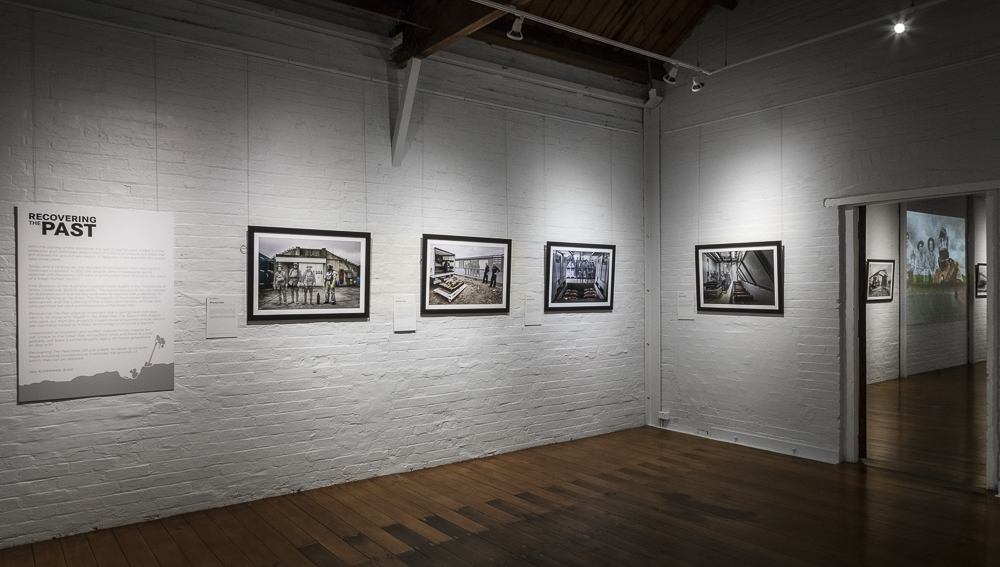 The beautiful exhibition space of Gatakers Artspace complimented the artworks of  'Recovering The Past'