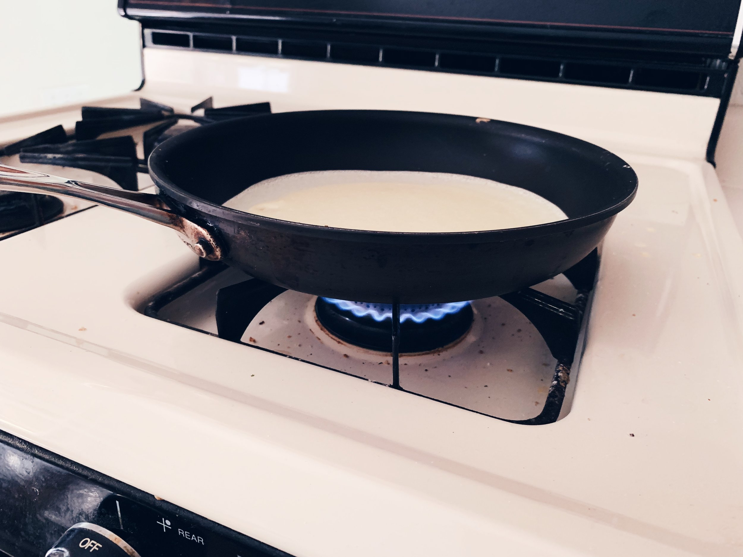 Here's what the heat looks like on a gas stove.