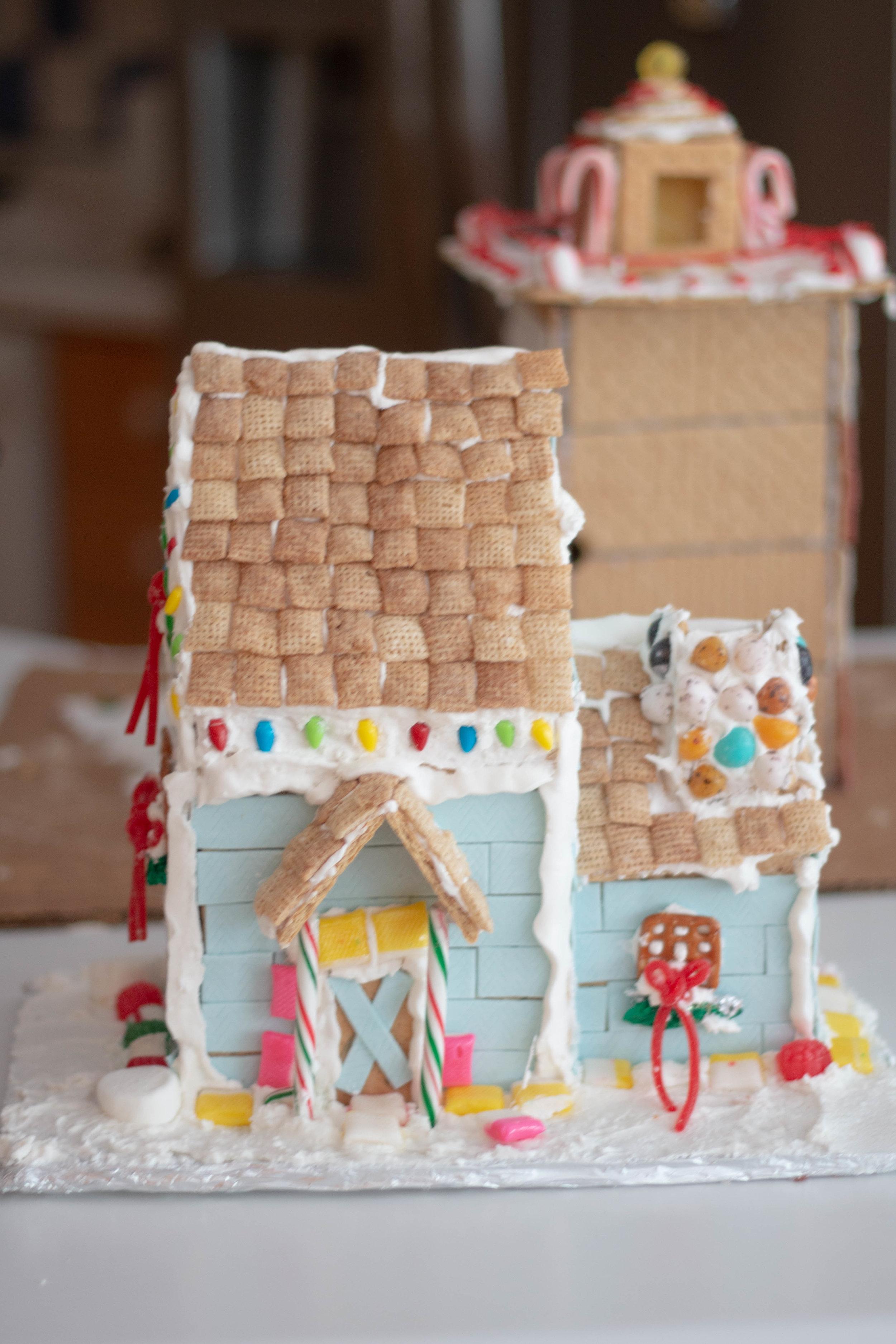 Gingerbread Houses-9.jpg