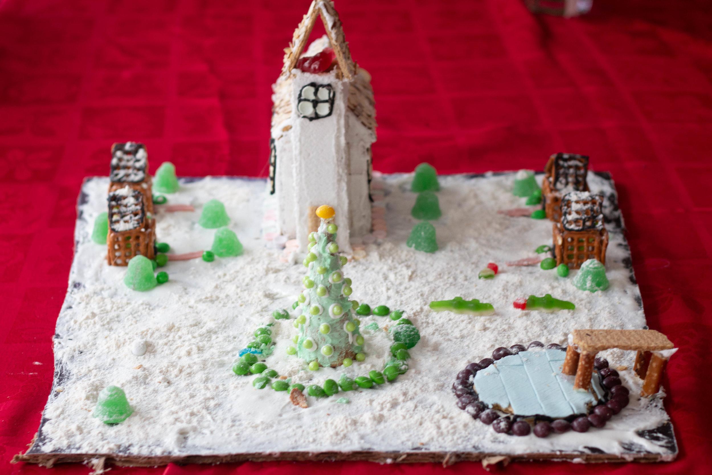 Gingerbread Houses-17.jpg
