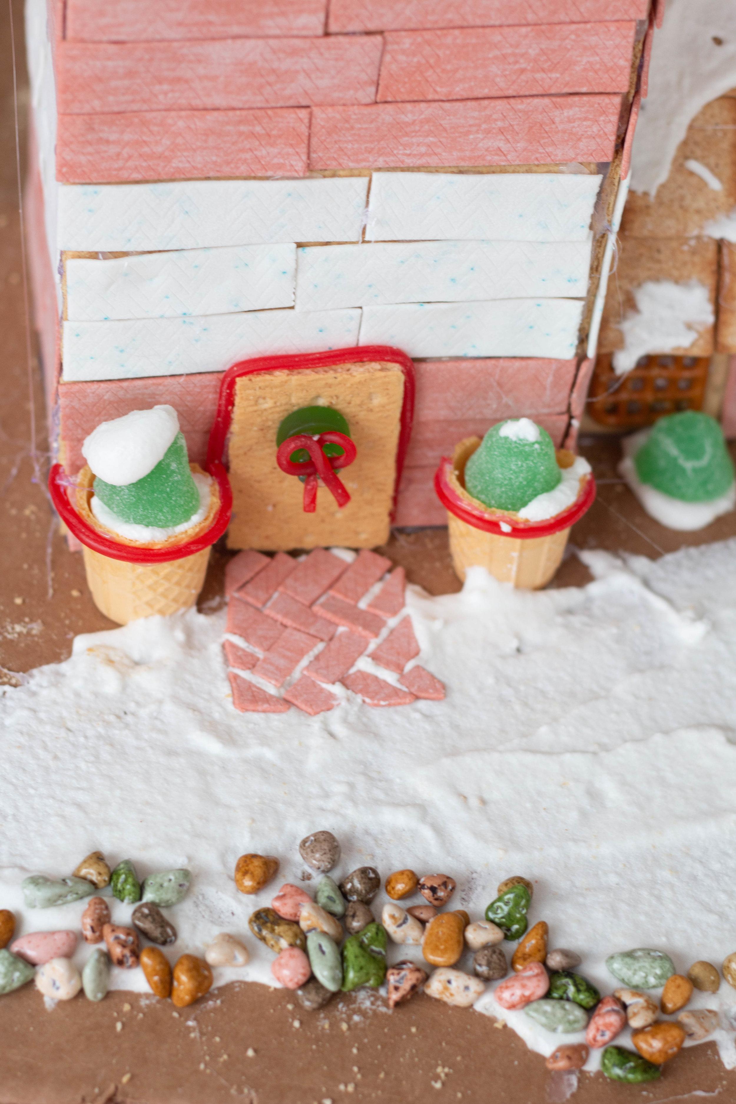 Gingerbread Houses-22.jpg