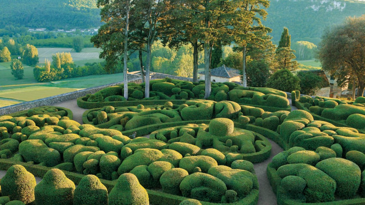 Image Source:  Architectural Digest- The Best Topiary Gardens