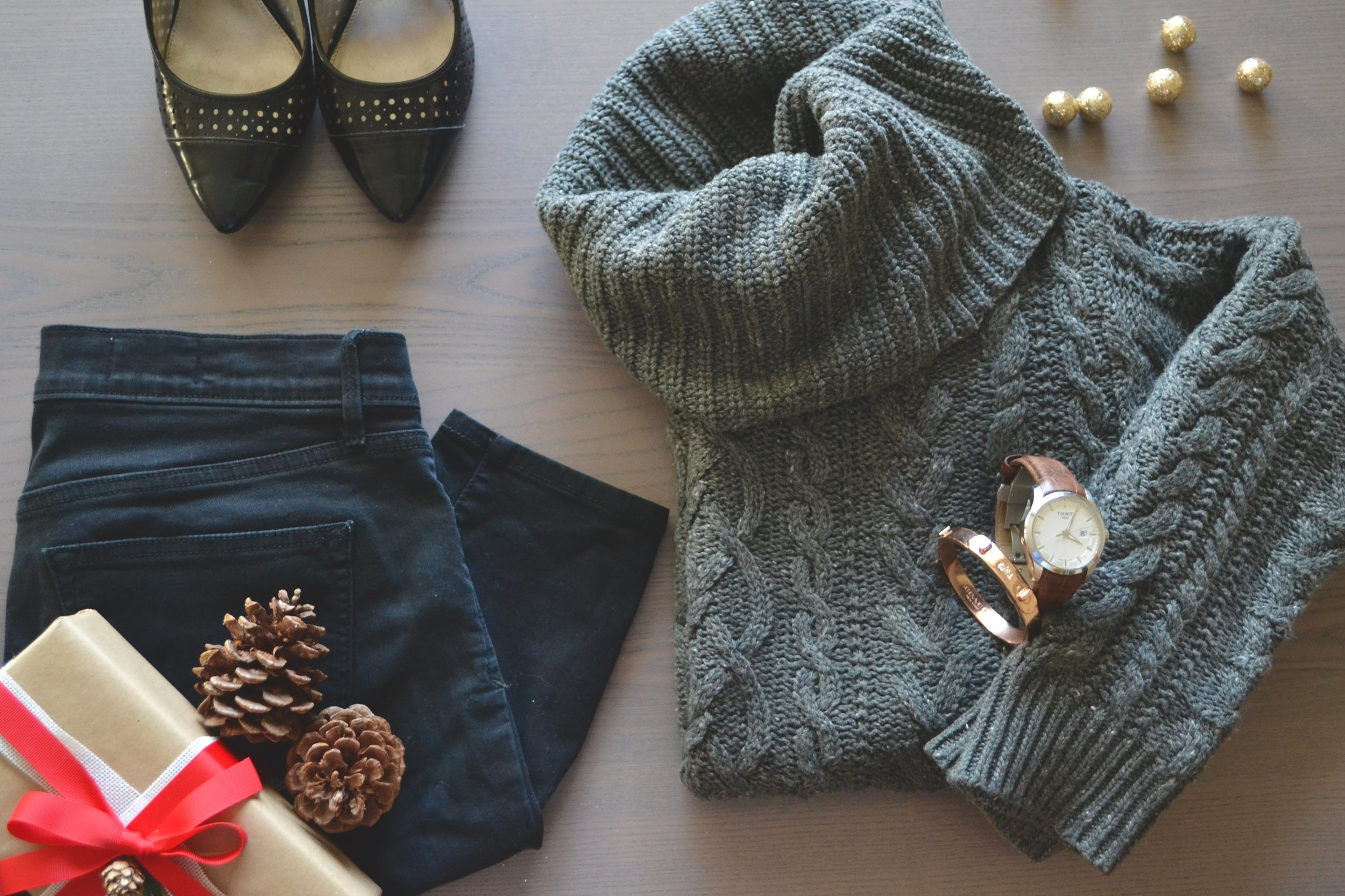 Jeans: Gap, Sweater: Tommy Hilfiger, Watch: Tissot, Bangle: Coach, Shoes: Payless Shoe