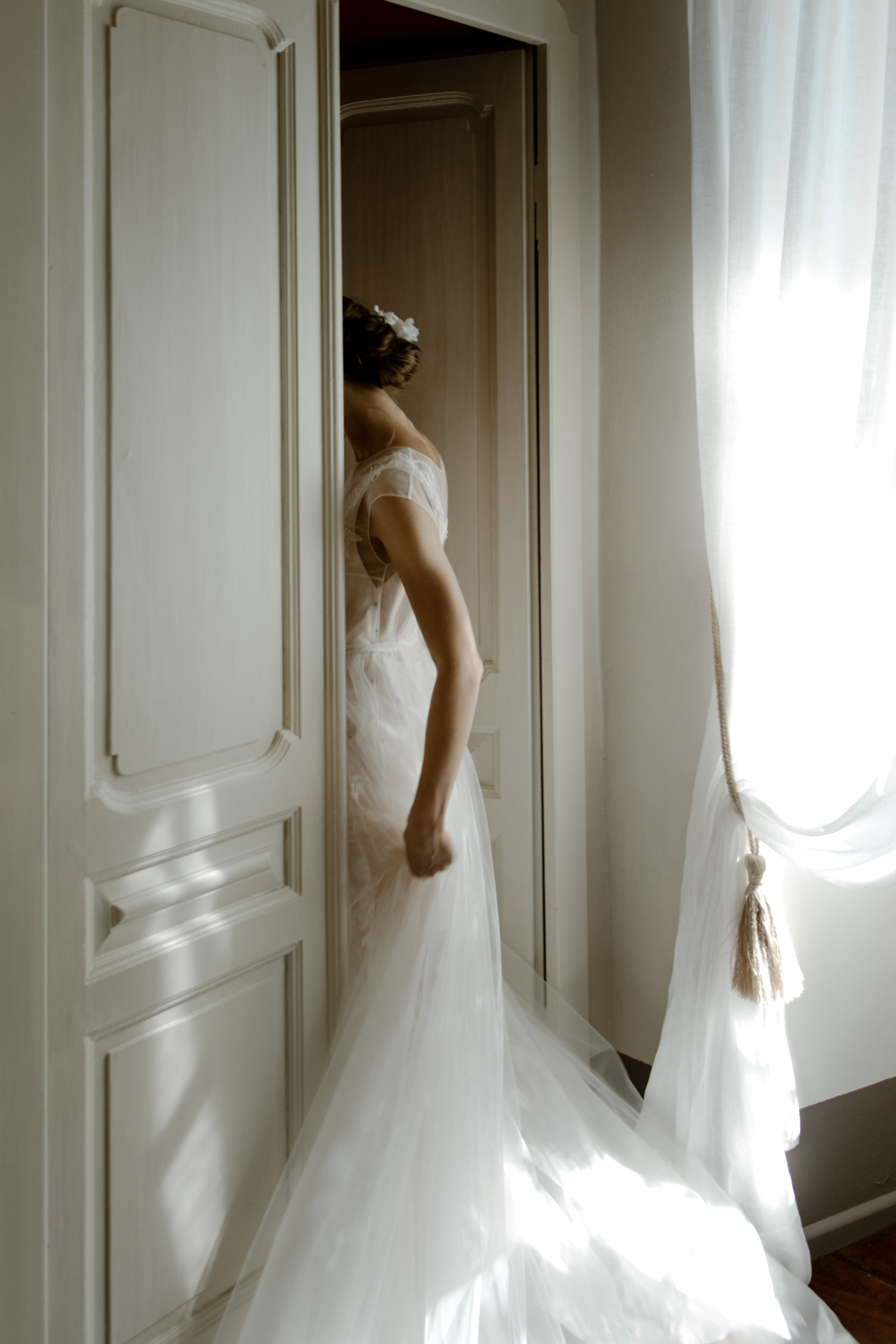 tulle-wedding-dress.jpg