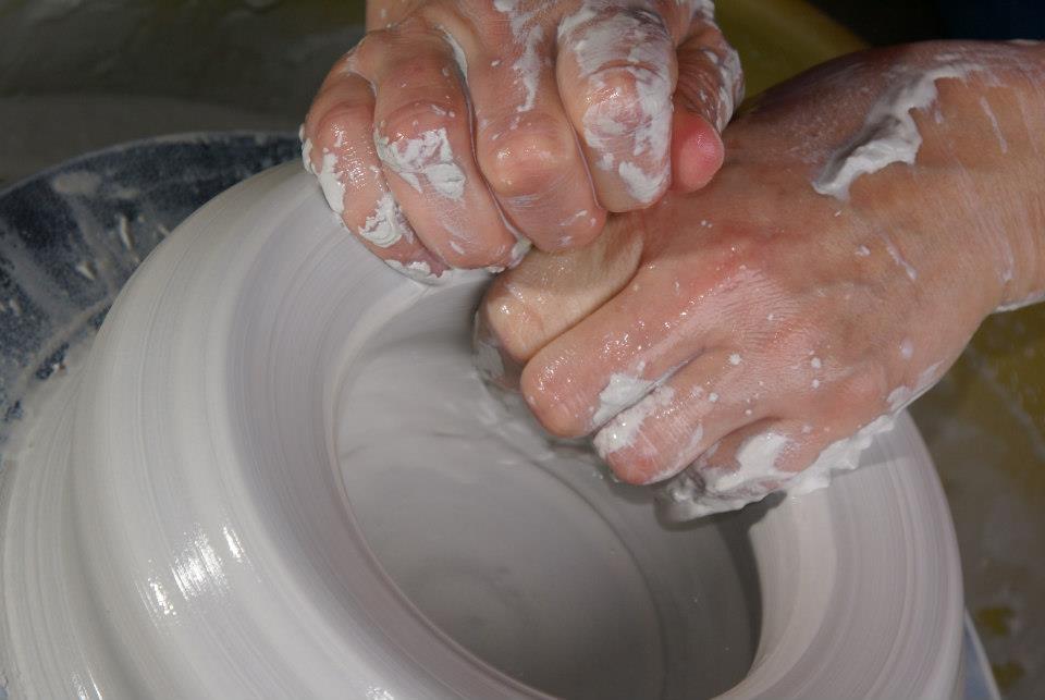 hands throwing.jpg