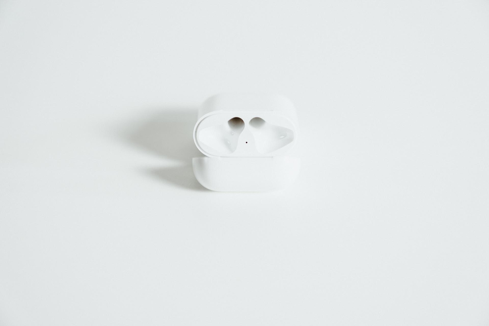 Apple-AirPods-14.jpg