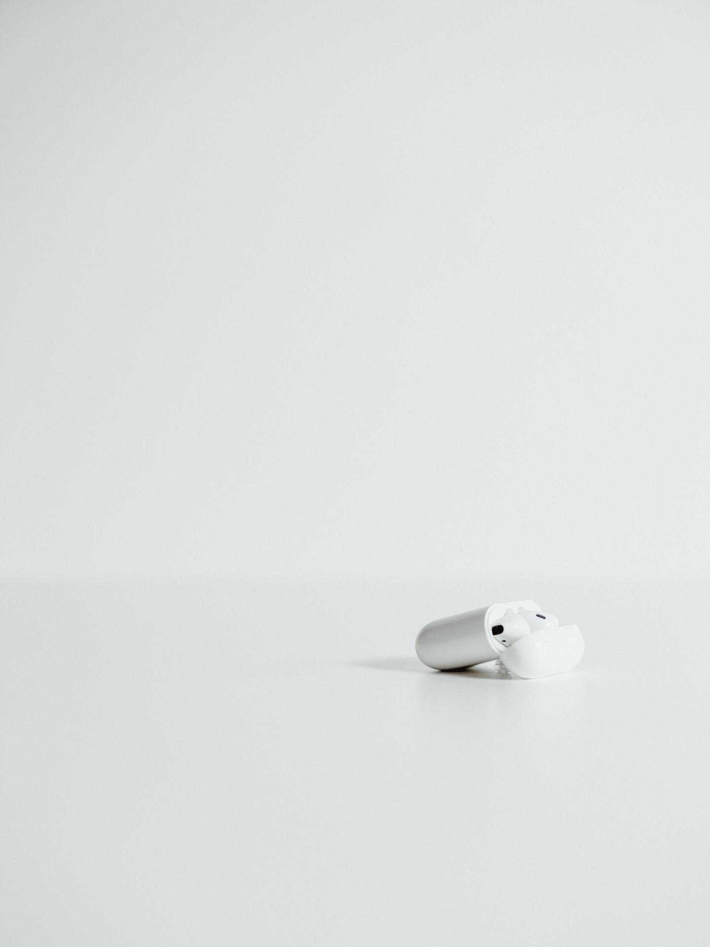 Apple-AirPods-15.jpg