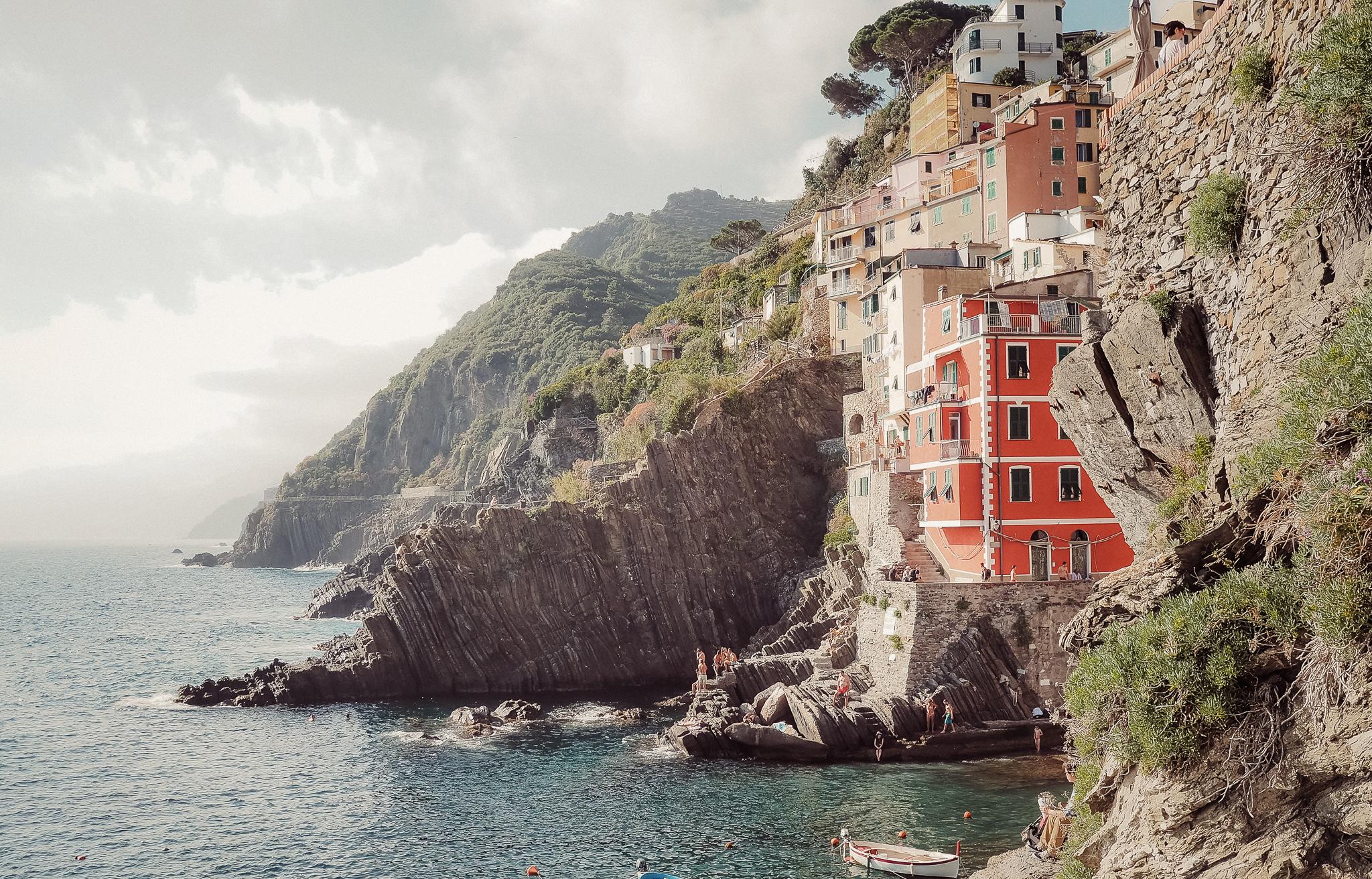 Cinque-Terre-Italy-13.jpg