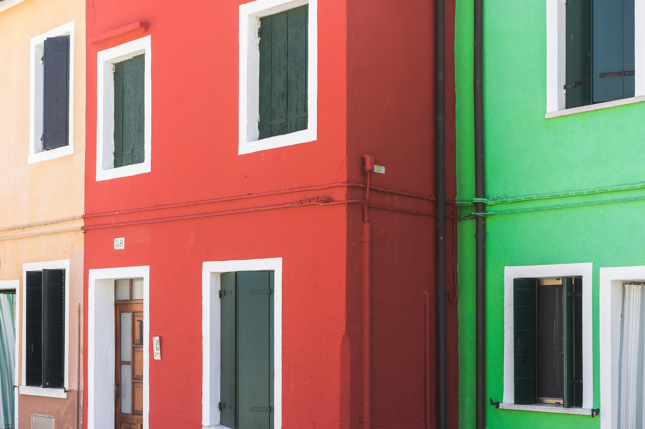Venice-Burano-Italy-3.jpg