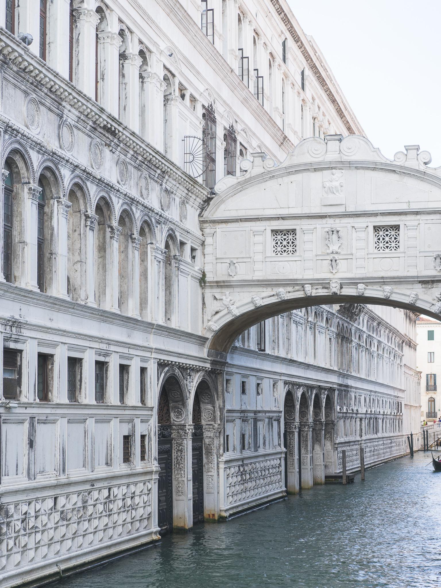 Venice-Burano-Italy-19.jpg