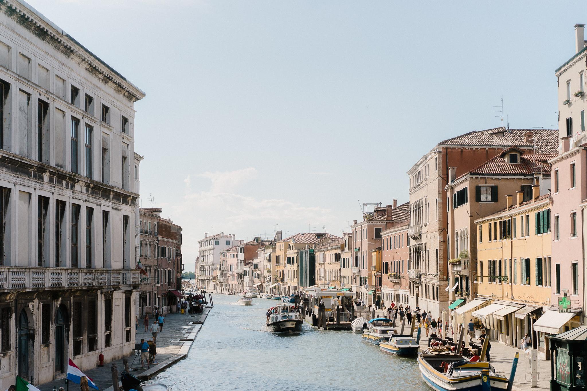 Venice-Burano-Italy-21.jpg