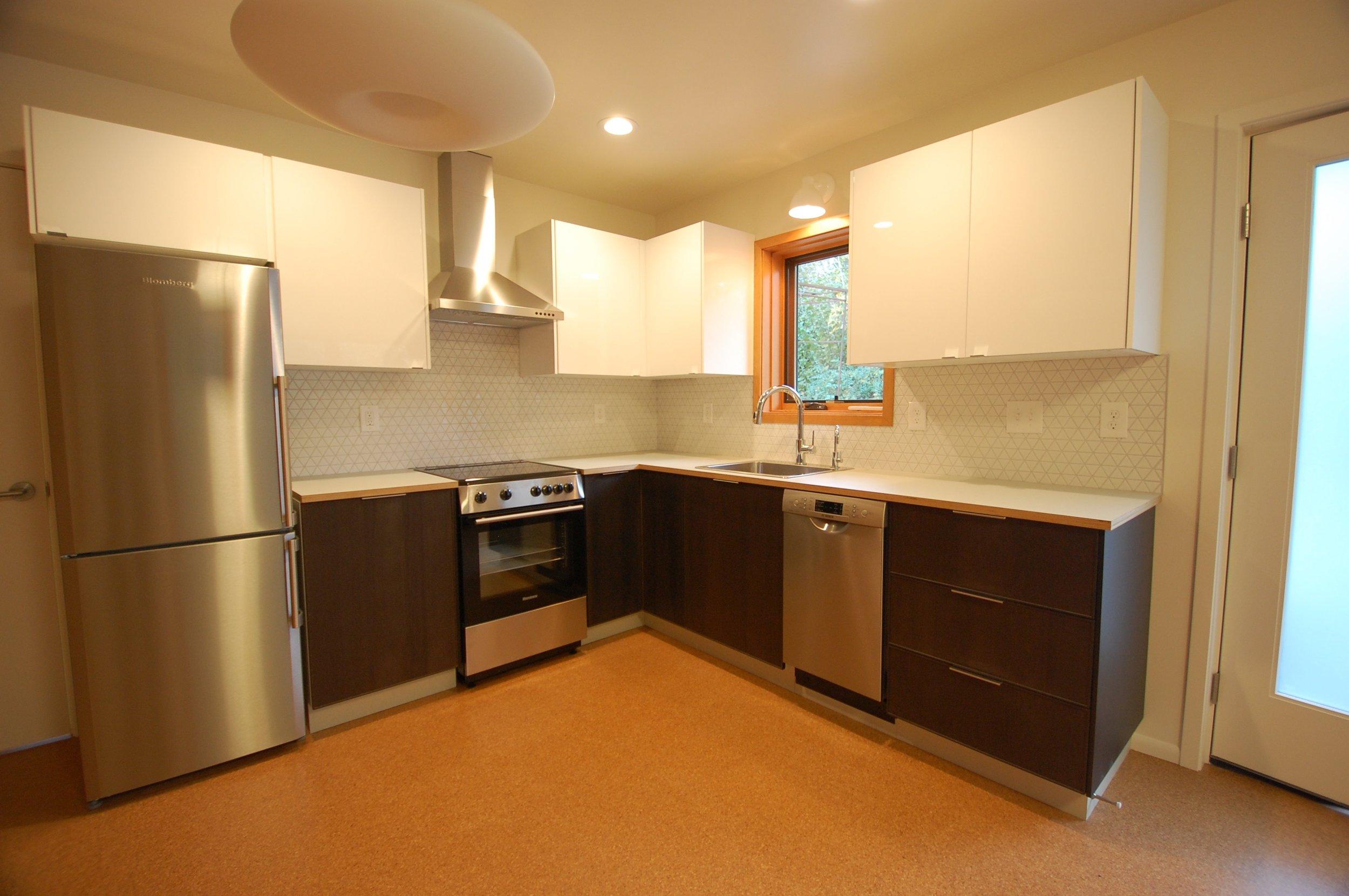 Smith_Hayes_Brothers_Construction_ADU_Basement_Kitchen_2b.jpg