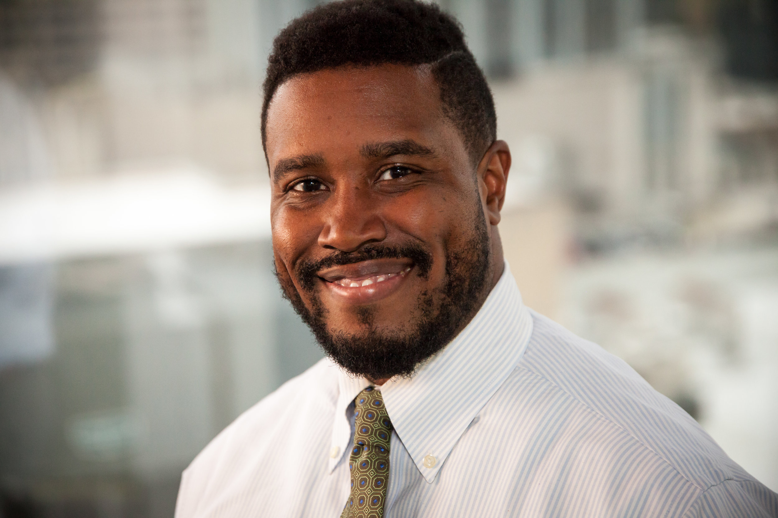 Jamal Wilburn -  BigMouff   Helping you stay well-informed quickly through podcast aggregation