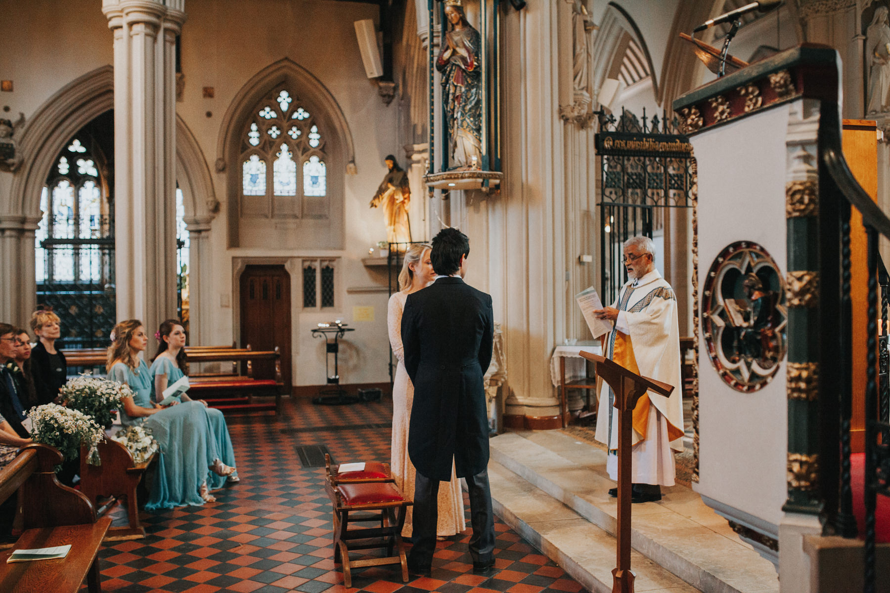 LD-250-catholic-marriage-ceremony-London-bride-groom-photography.jpg