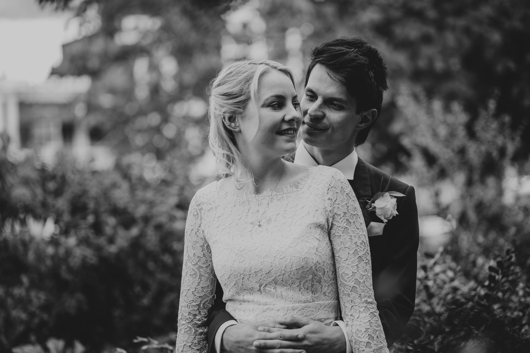 LD-485-BW-bride-groom-couple-portraits-clapham-London-alternative-reportage-wedding-photographer.jpg