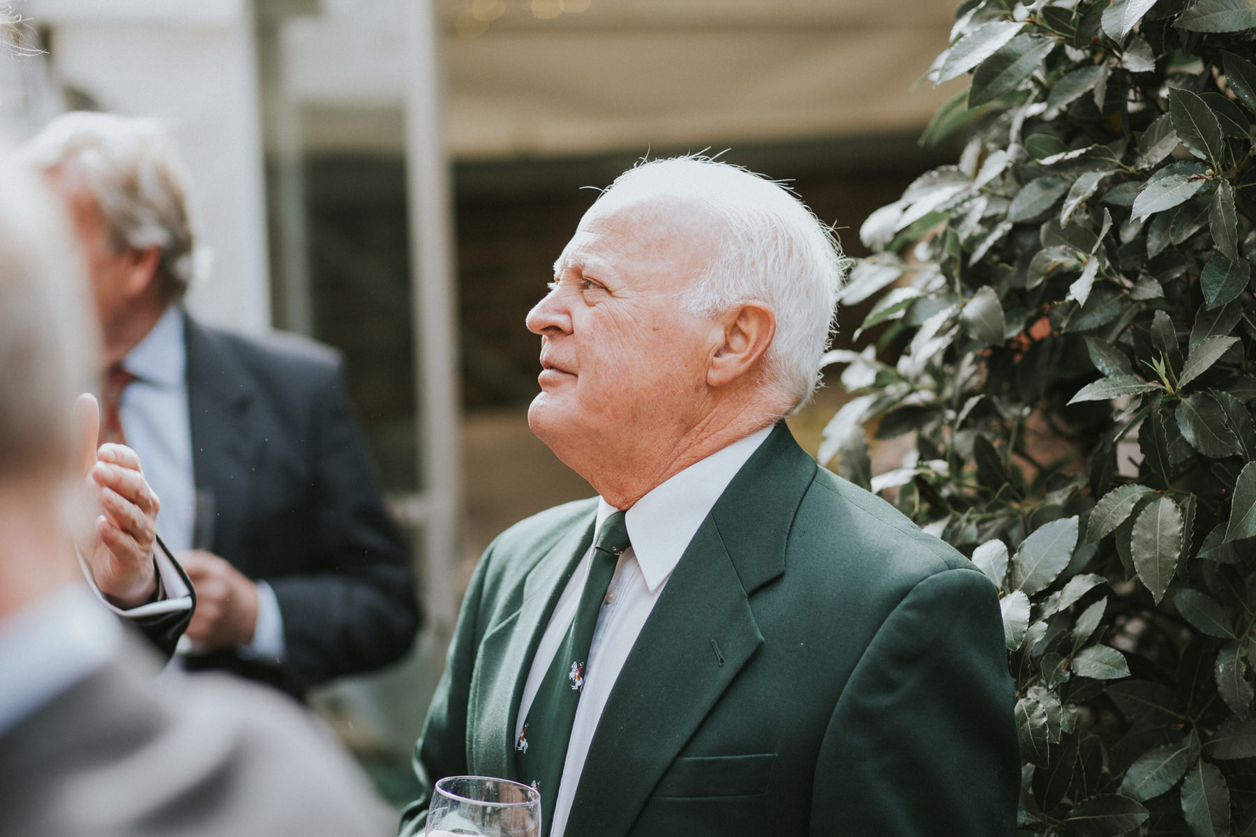 LD-532-Metro-Clapham-Wedding-guest-candid-unposed-photos.jpg