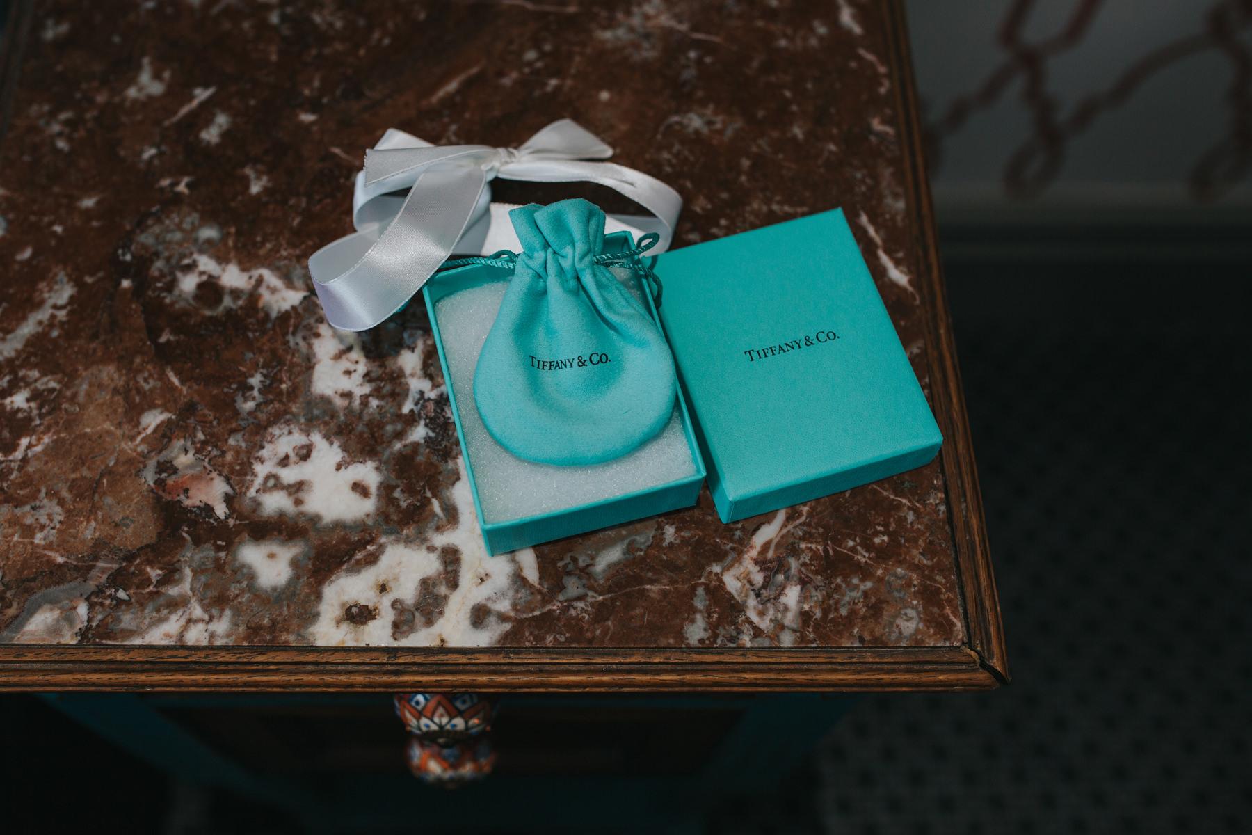Richmond Wedding Photographer-bride-mum-bridal-preparations-CRL-15.jpg