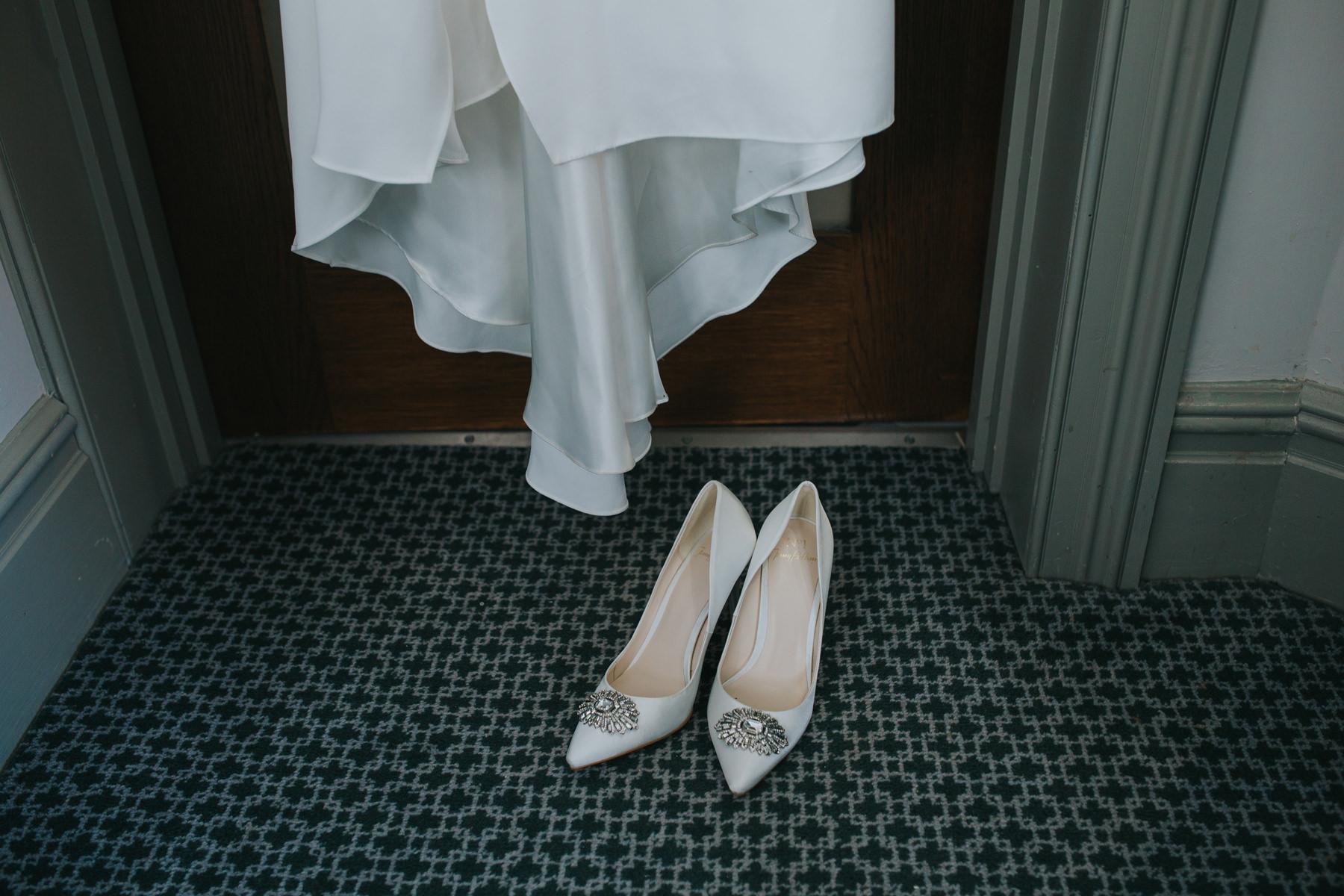 Richmond Wedding Photographer-bride-mum-bridal-preparations-CRL-24.jpg