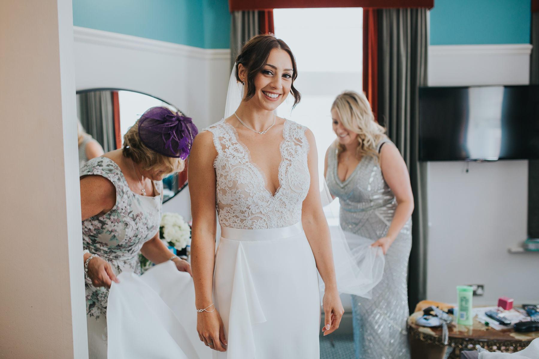Richmond Wedding Photographer-bride-mum-bridal-preparations-CRL-50.jpg