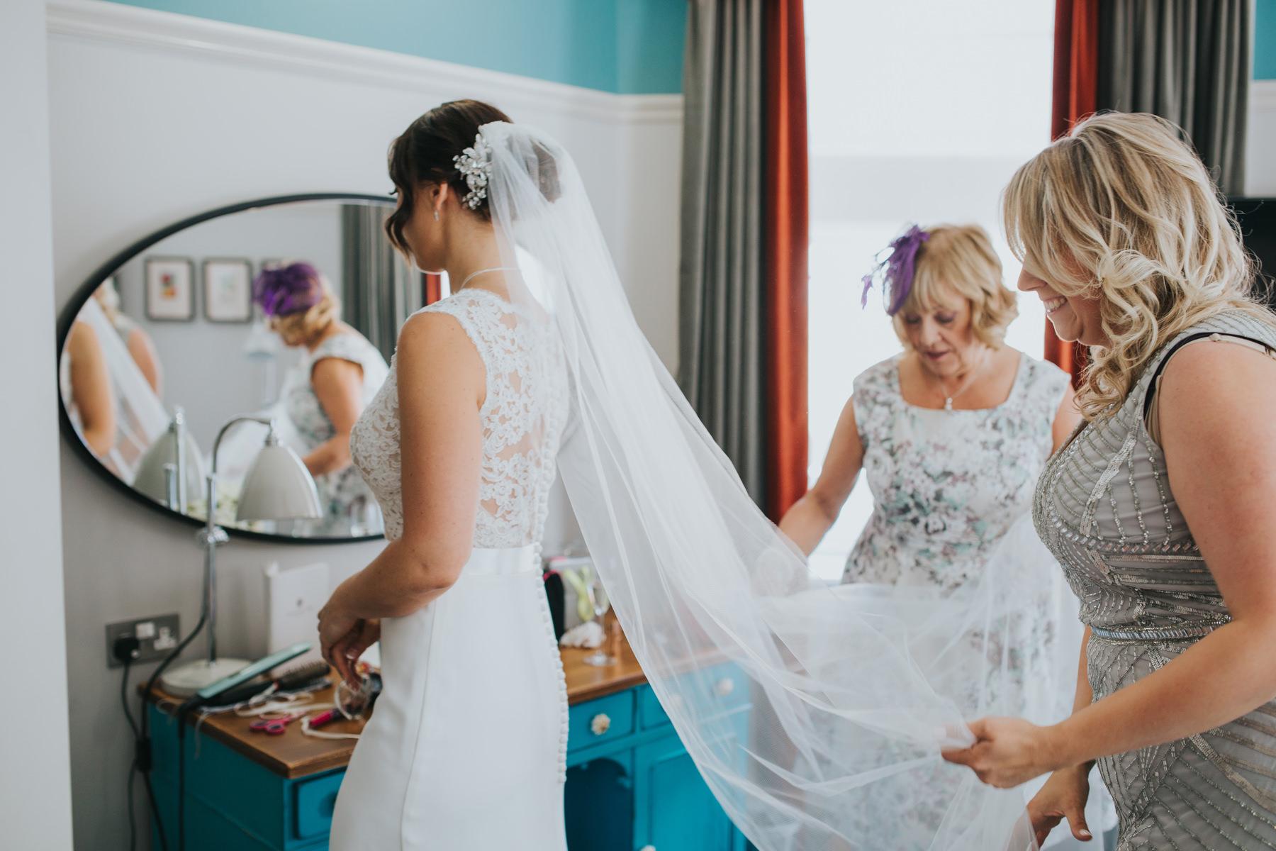 Richmond Wedding Photographer-bride-mum-bridal-preparations-CRL-48.jpg