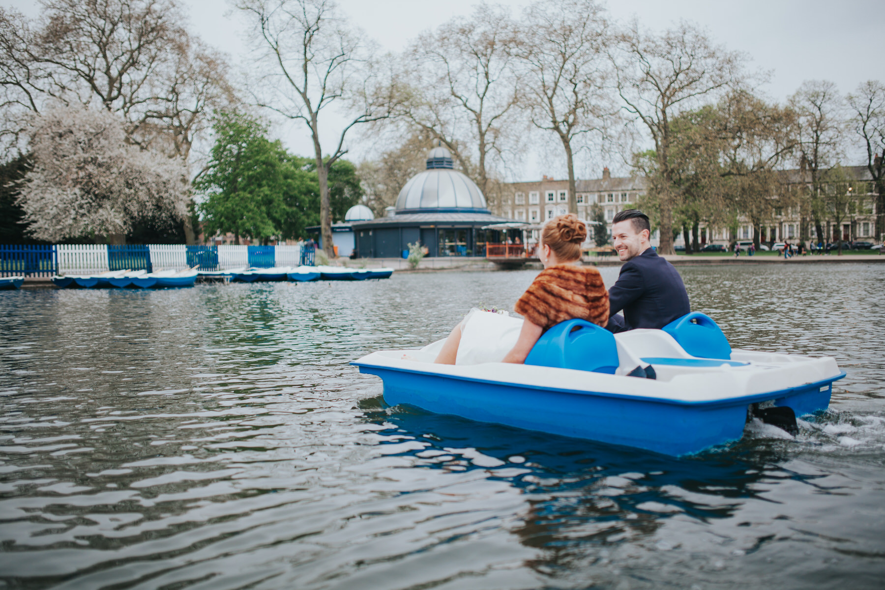 203-Victoria-park-alternative-wedding-pedalo.jpg