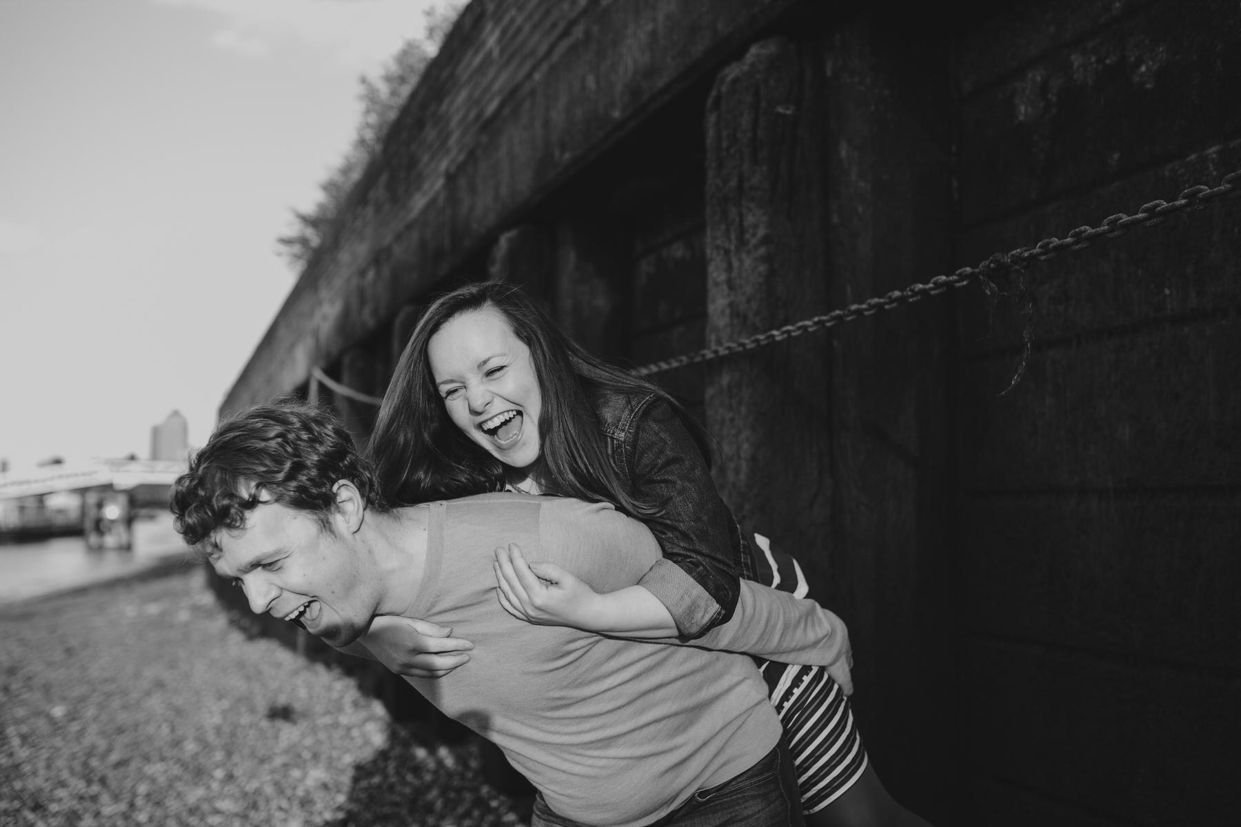 17-Quirky-engagement-London-couple-piggyback.jpg