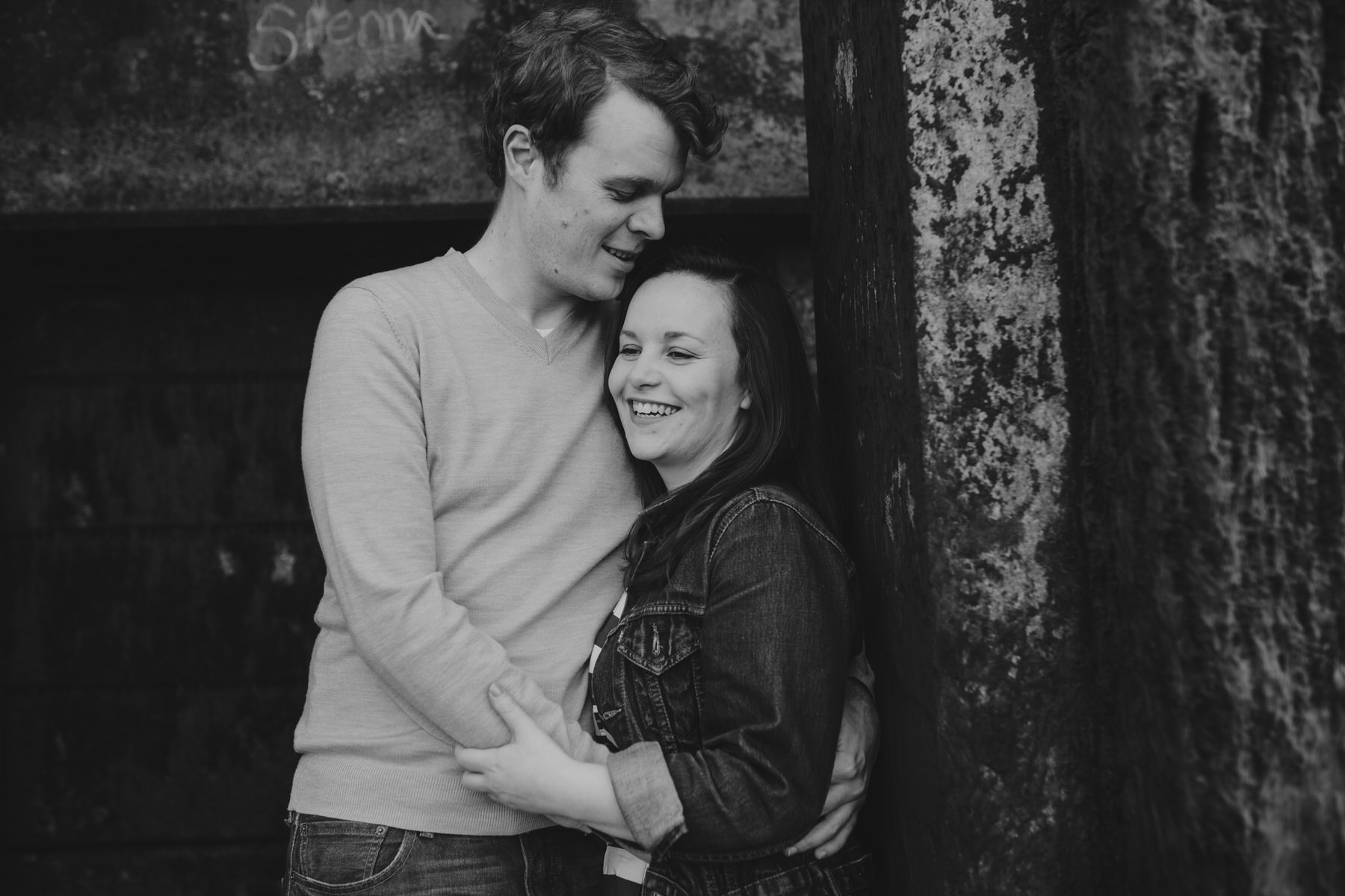 52-Quirky-engagement-London-sweet-couple.jpg