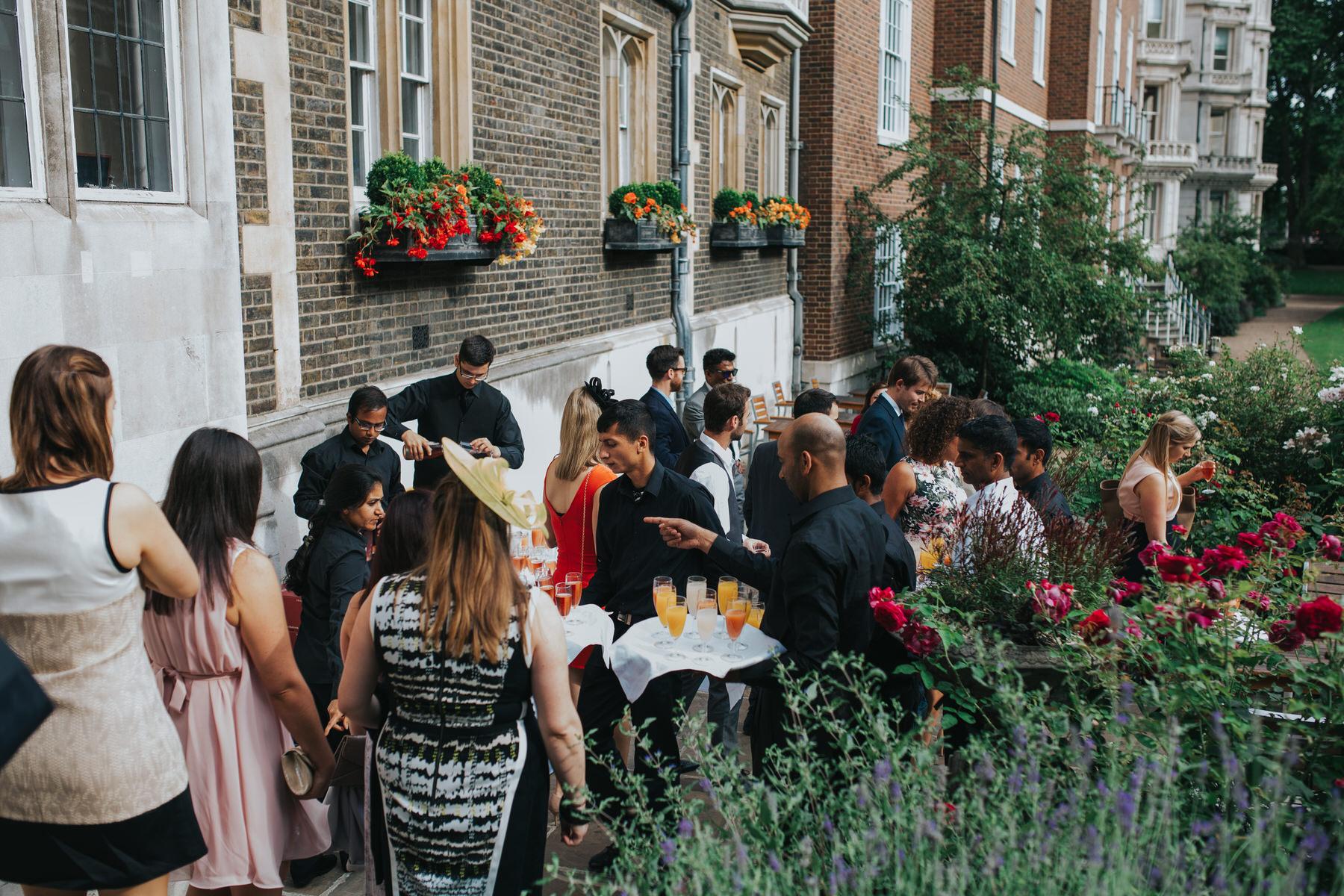 96-London-Wedding-Middle-temple-garden-reception.jpg