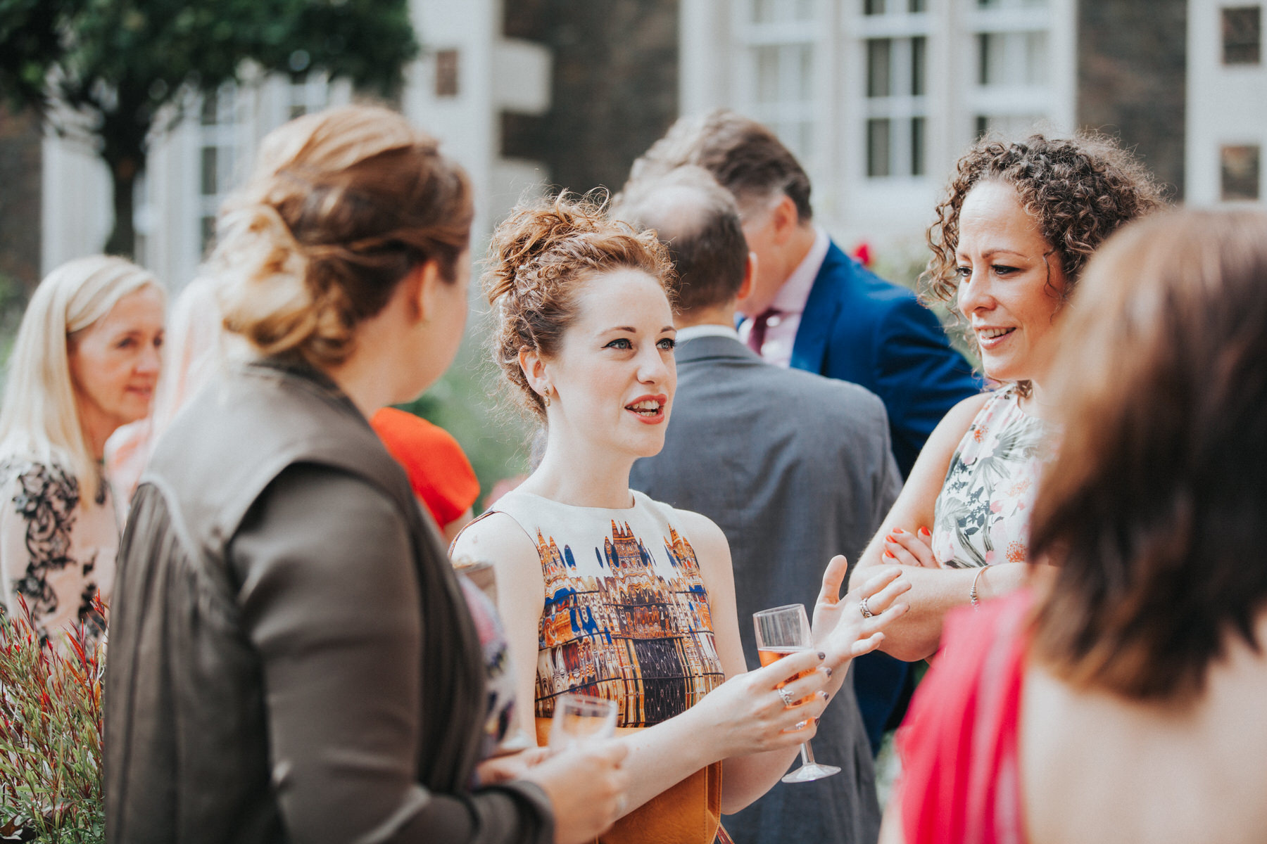 98-Wedding-Middle-temple-drinks-reception-guests-champagne-cocktails.jpg