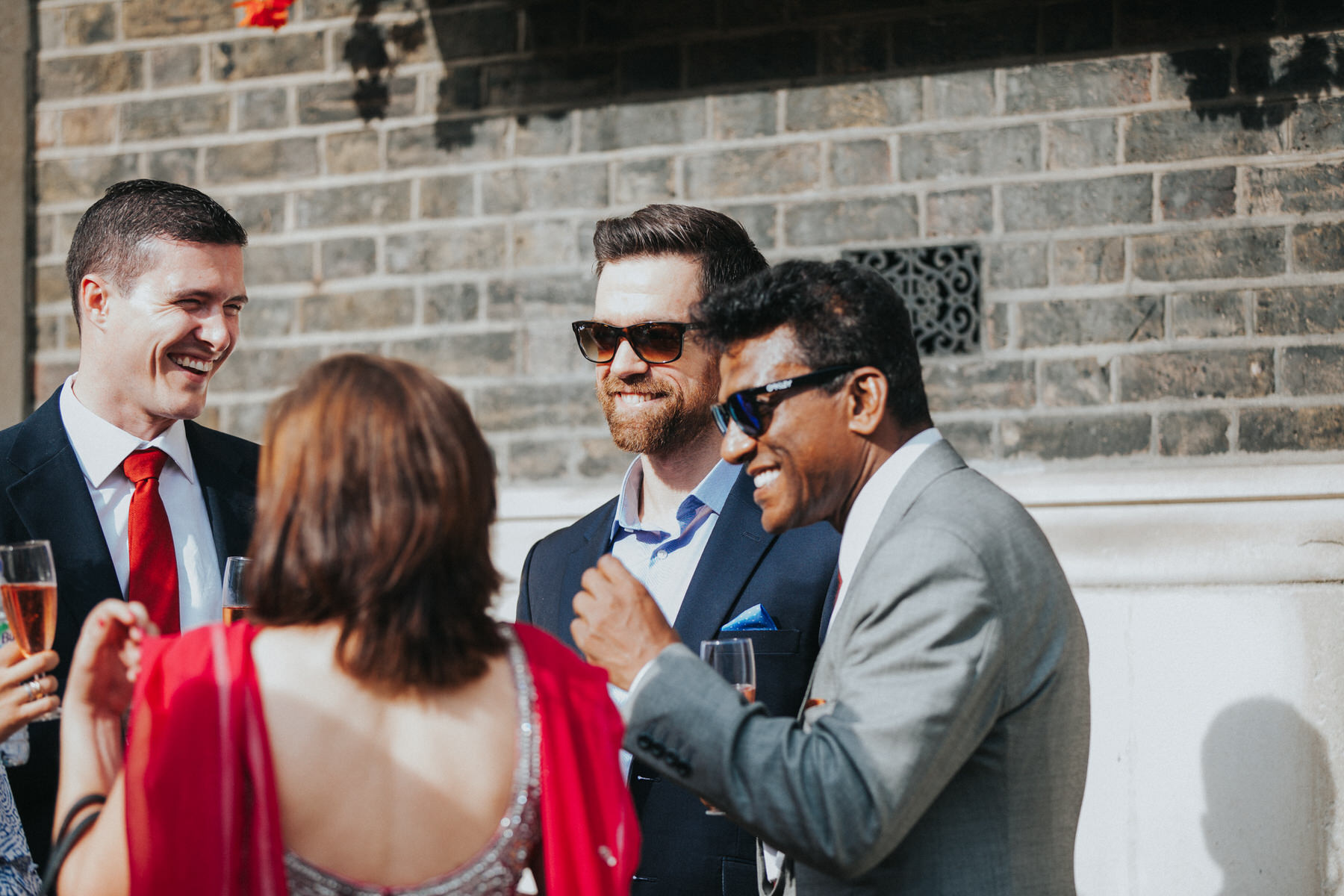 100-Wedding-Middle-temple-drinks-reception-guests-champagne-cocktails.jpg