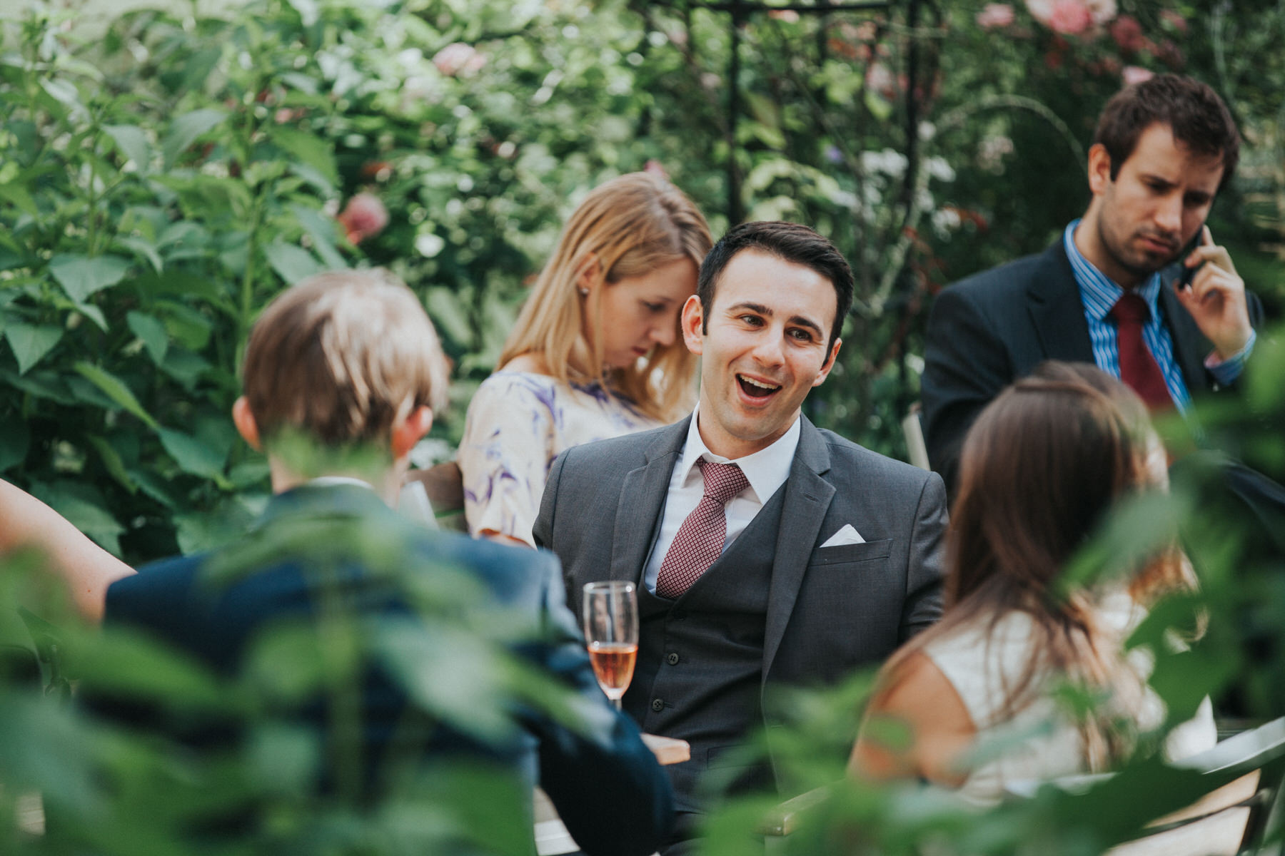 112-London-Wedding-Middle-temple-guest-reportage.jpg