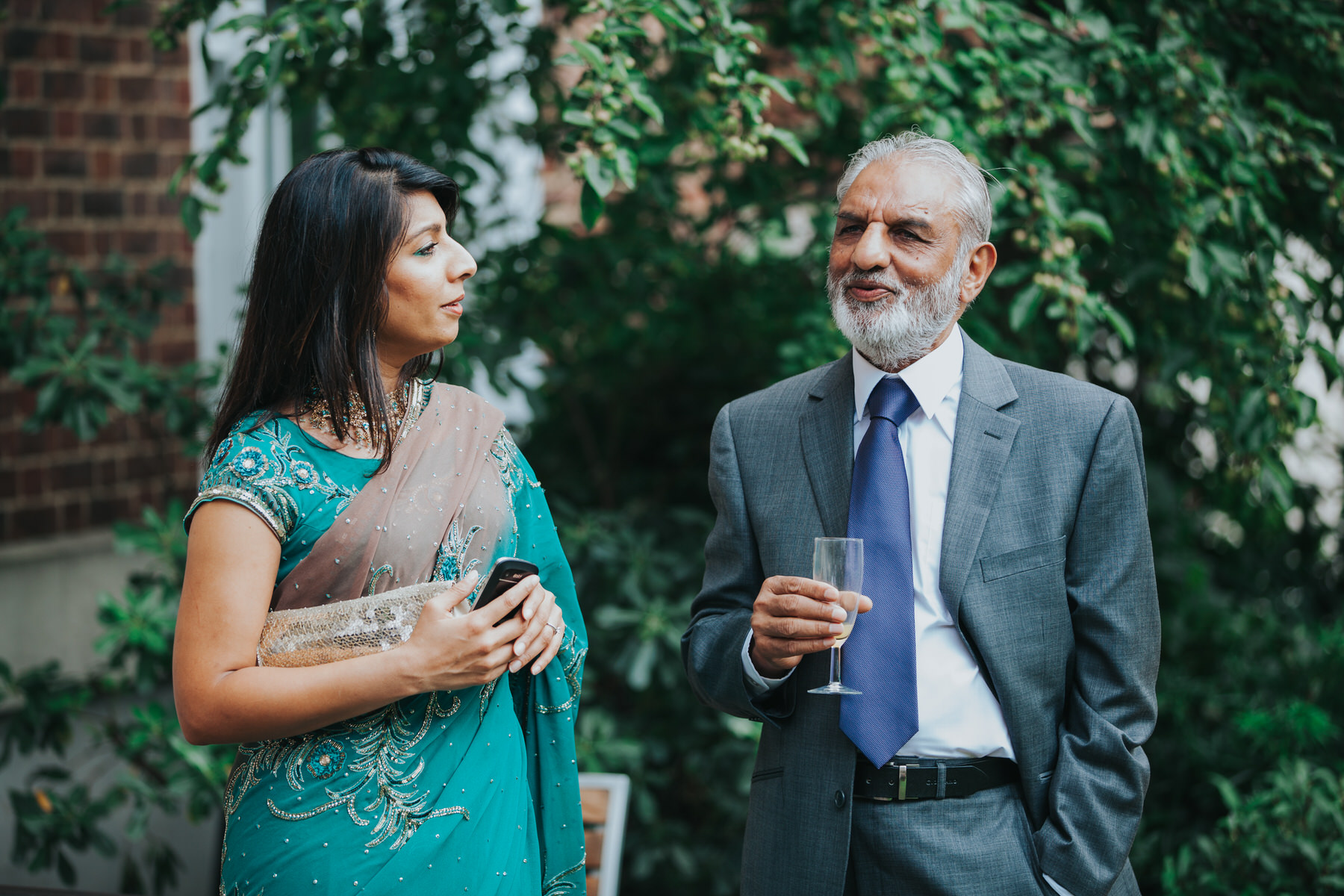 124-Anglo-Asian-London-Wedding-guest-reportage-photos.jpg