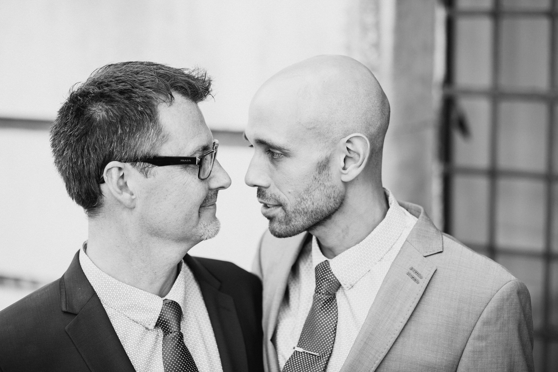 113 London gay couple wedding portraits BW .jpg