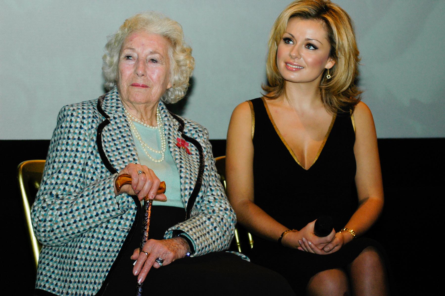 22-Dame Vera Lynn 90th birthday Imperial war Museum Katherine Jenkins.jpg