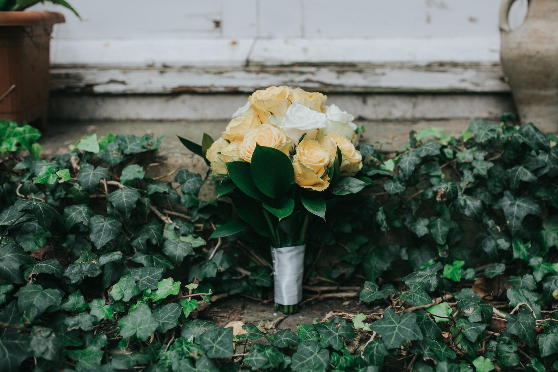 15-yellow rose bouquet.jpg