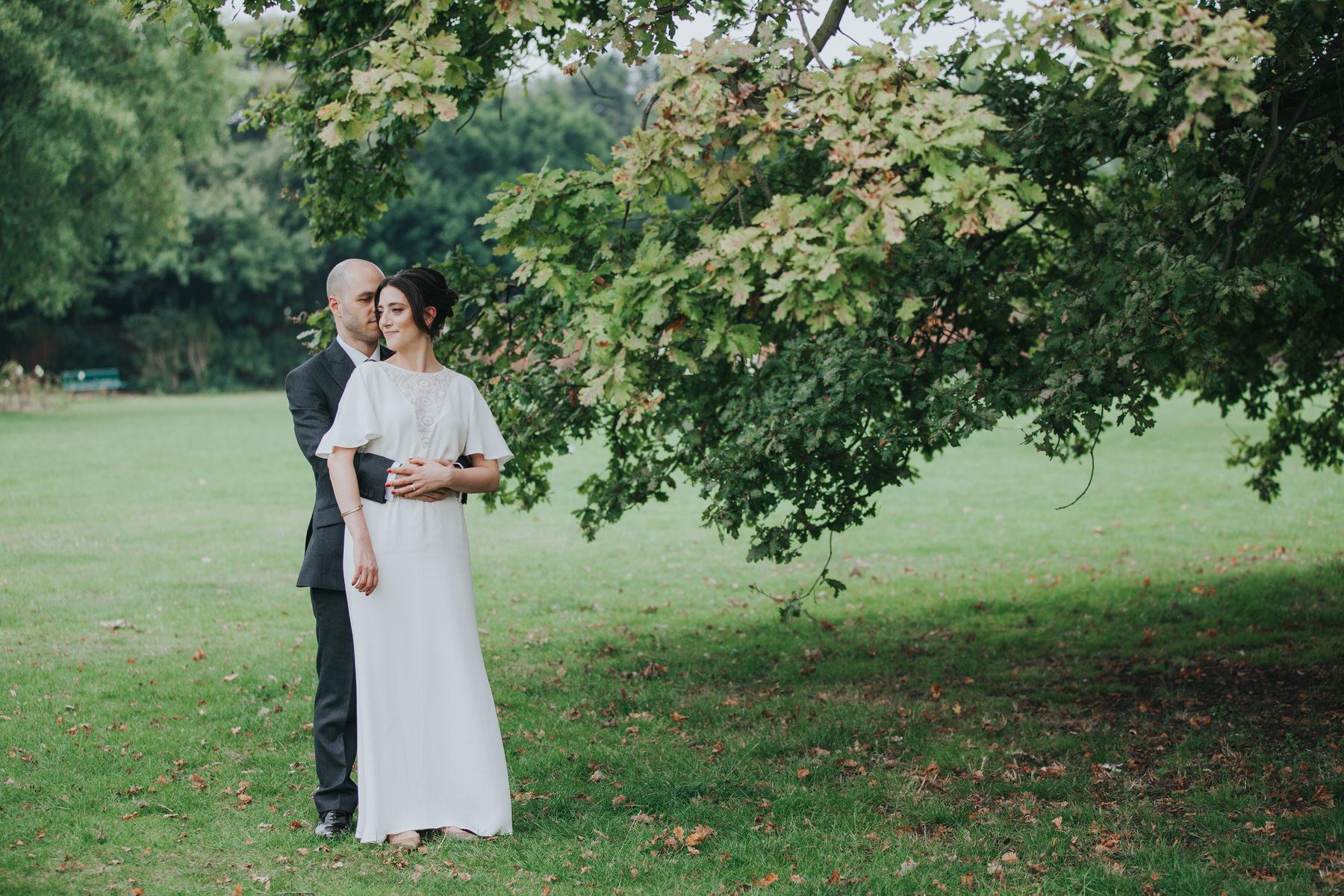 188 Belair Park natural wedding photos unobtrusive.jpg