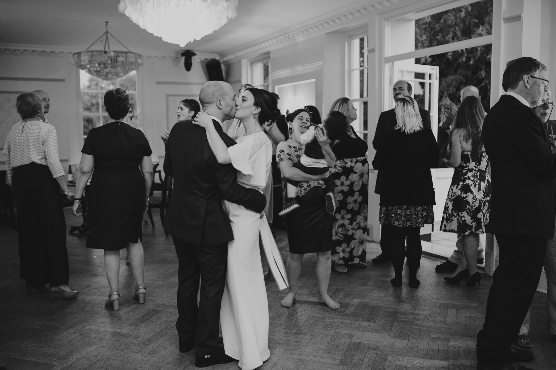 338-Belair House bride groom  first dance.jpg